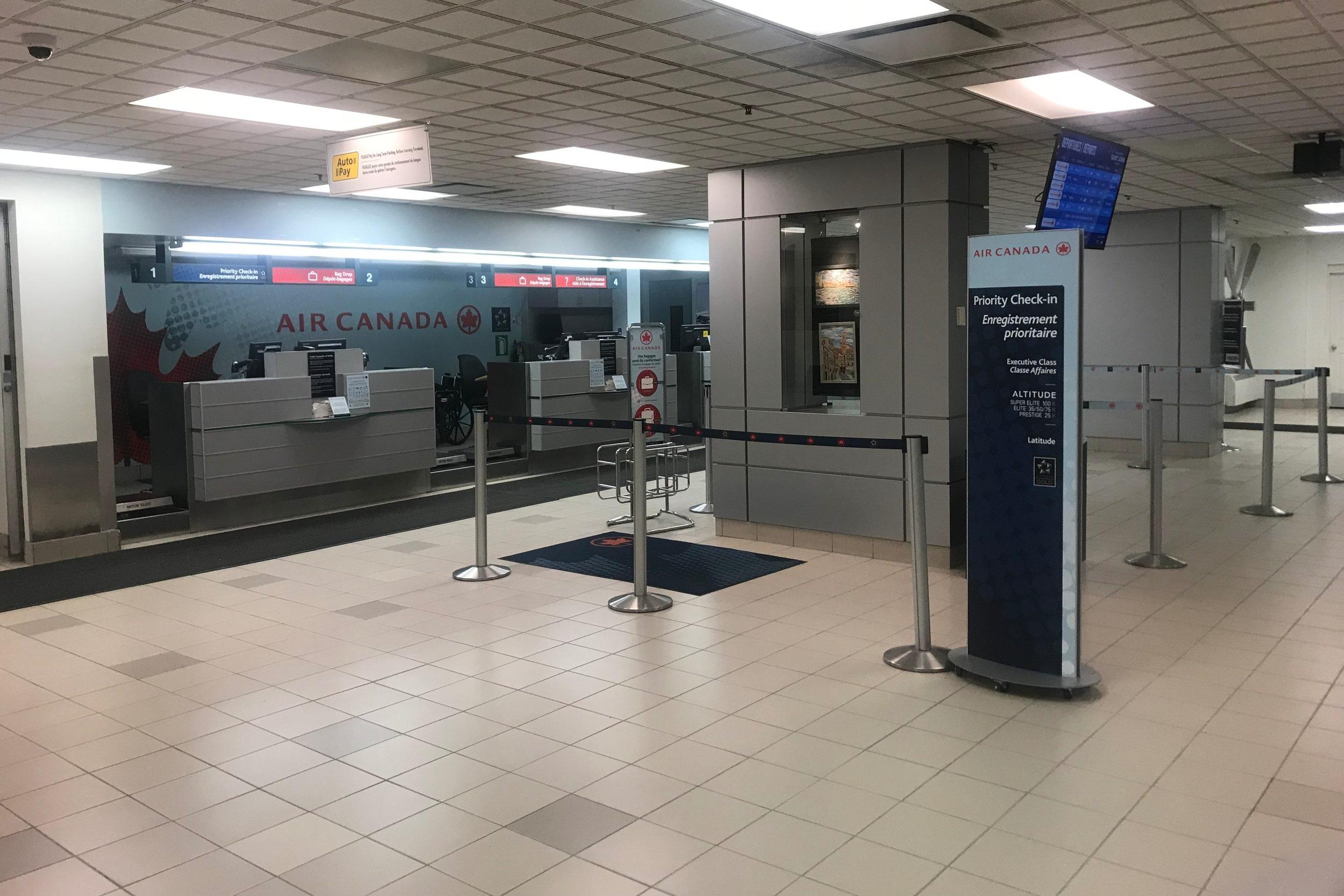 Saint John Airport – Air Canada check-in