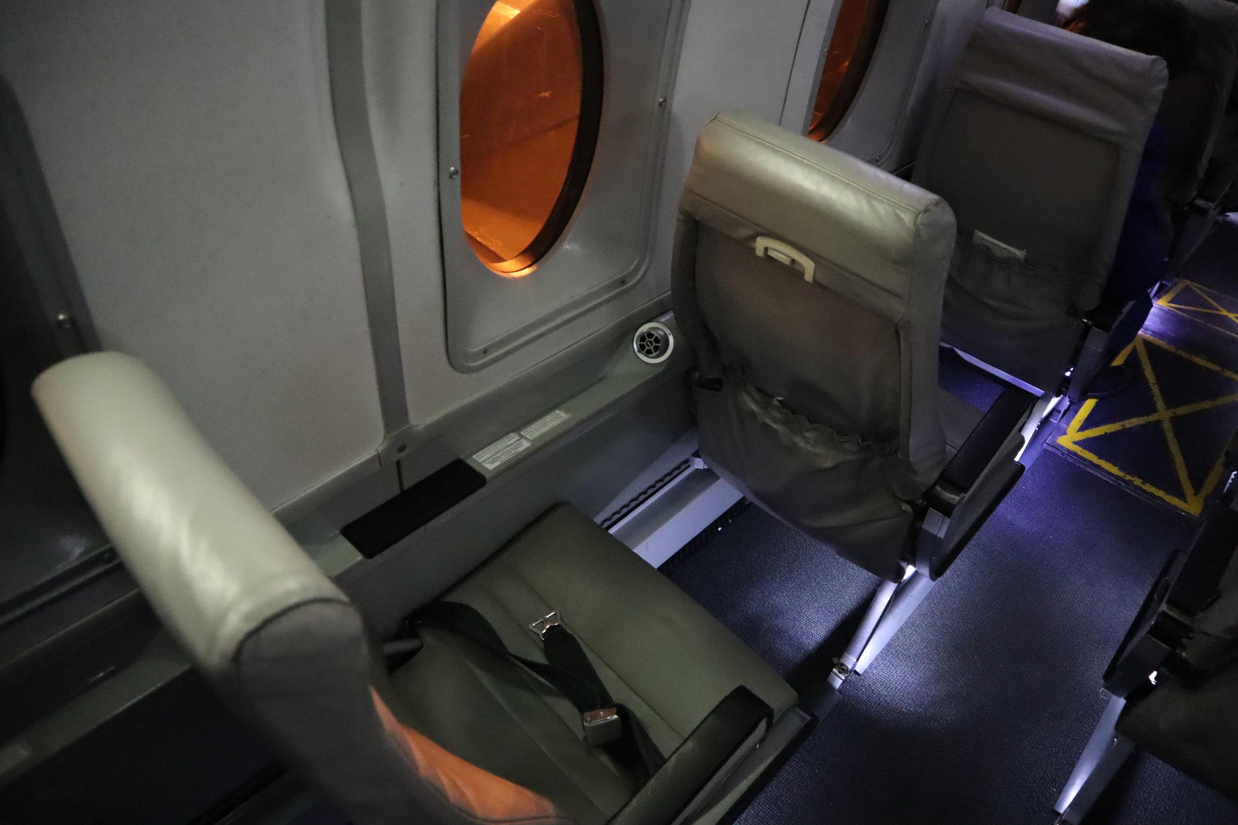 Air Canada Beechcraft 1900D – Seats