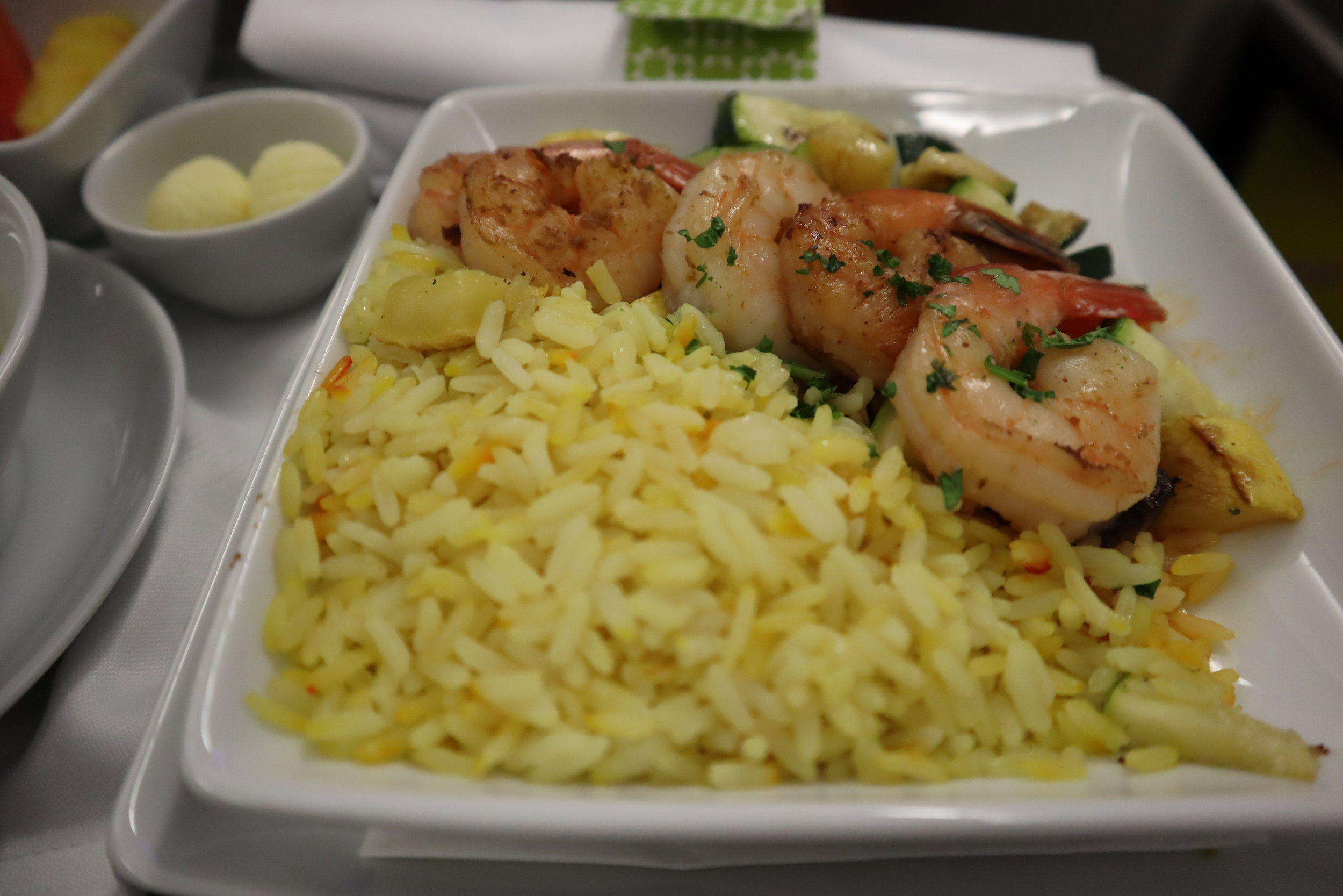 TAP Air Portugal business class – Garlic shrimp with saffron rice