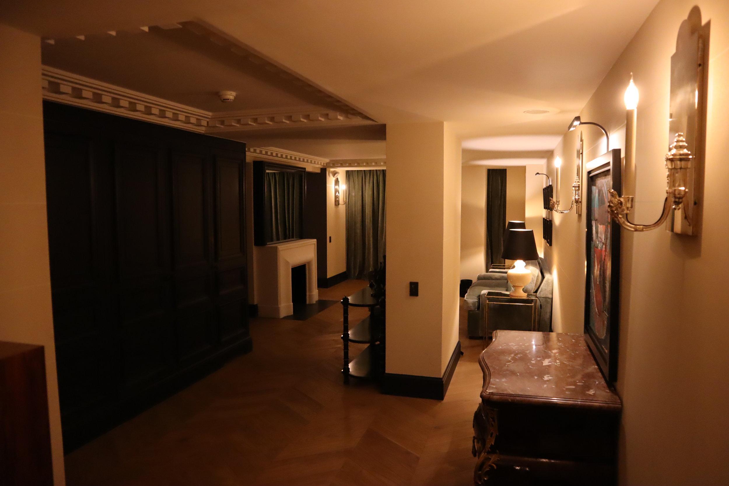 Hôtel de Berri Paris – Berri Suite foyer