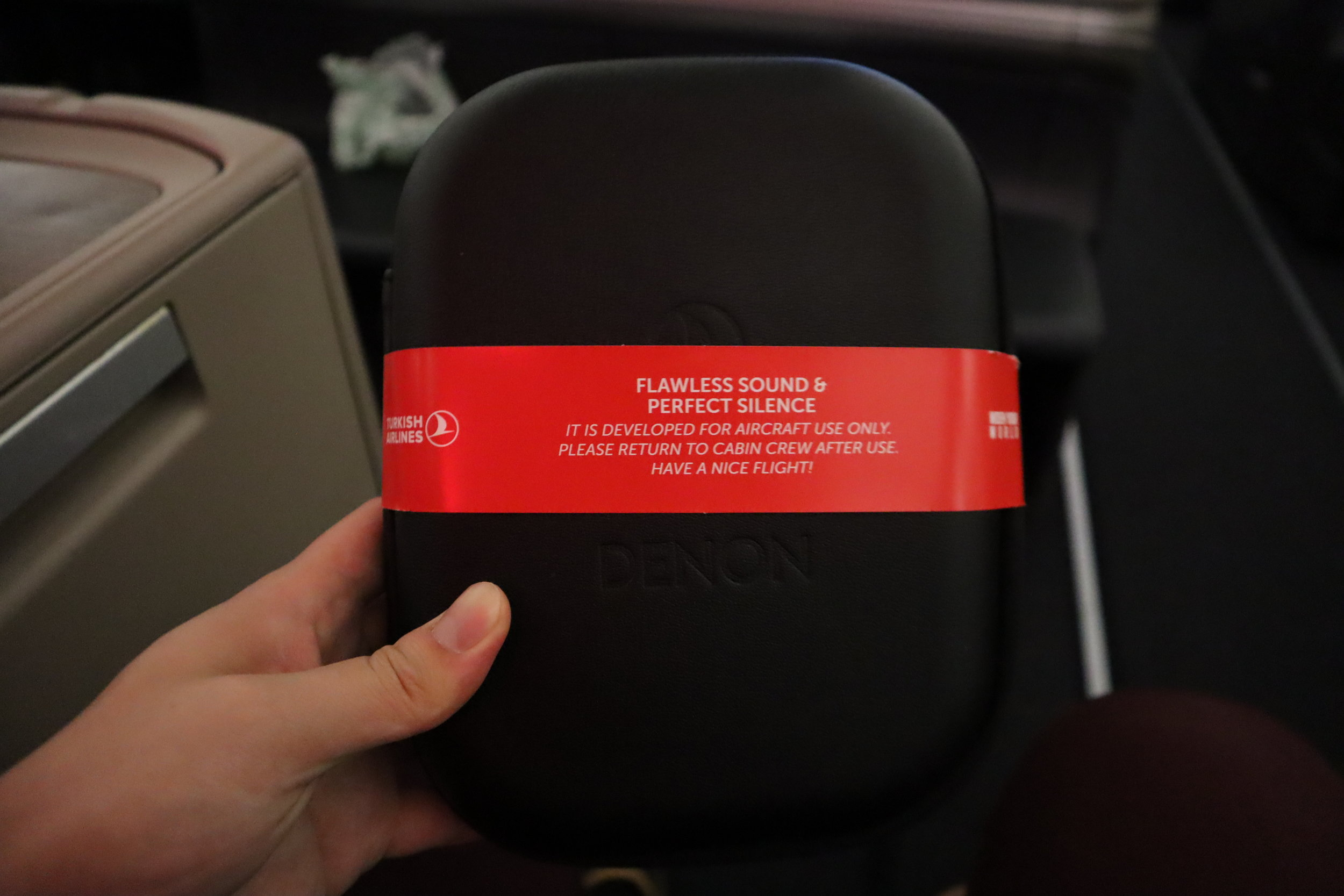 Turkish Airlines A330 business class – Headphones