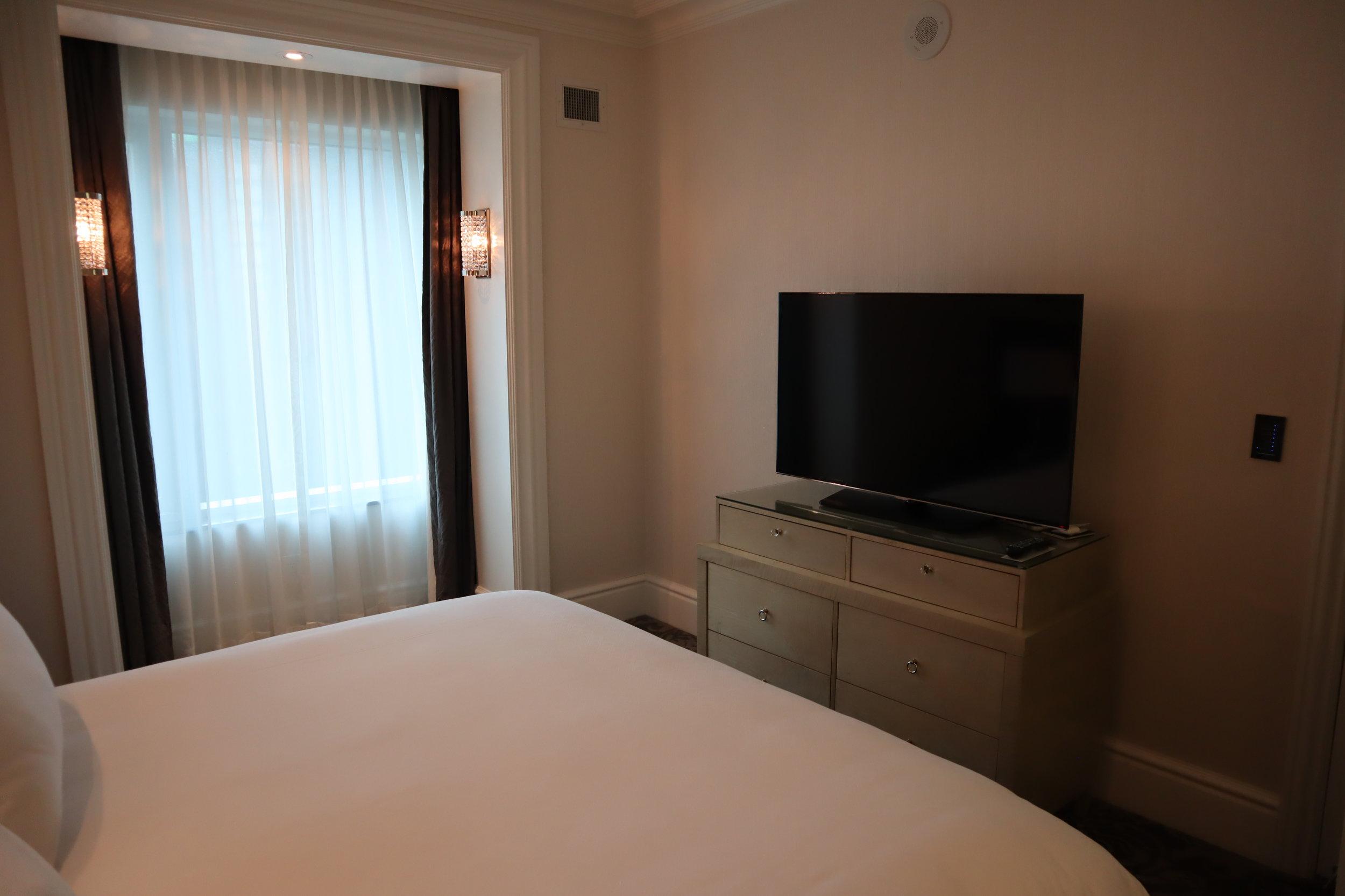 St. Regis Toronto – Two-bedroom suite guest bedroom television