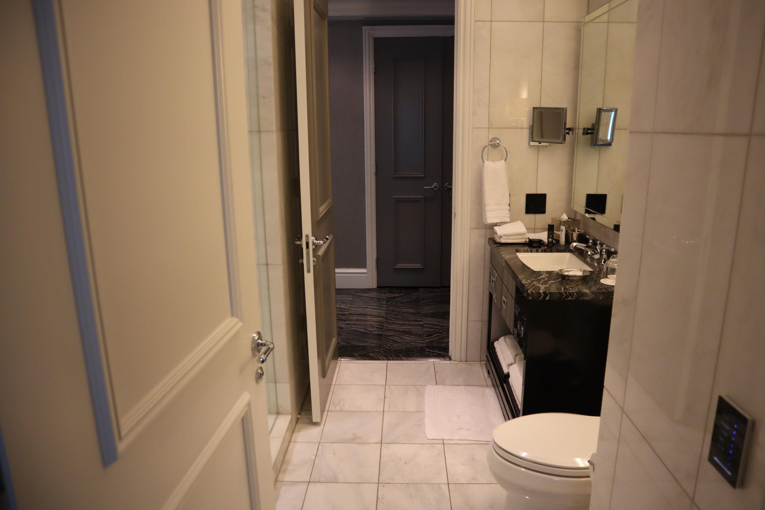 St. Regis Toronto – Two-bedroom suite guest bathroom