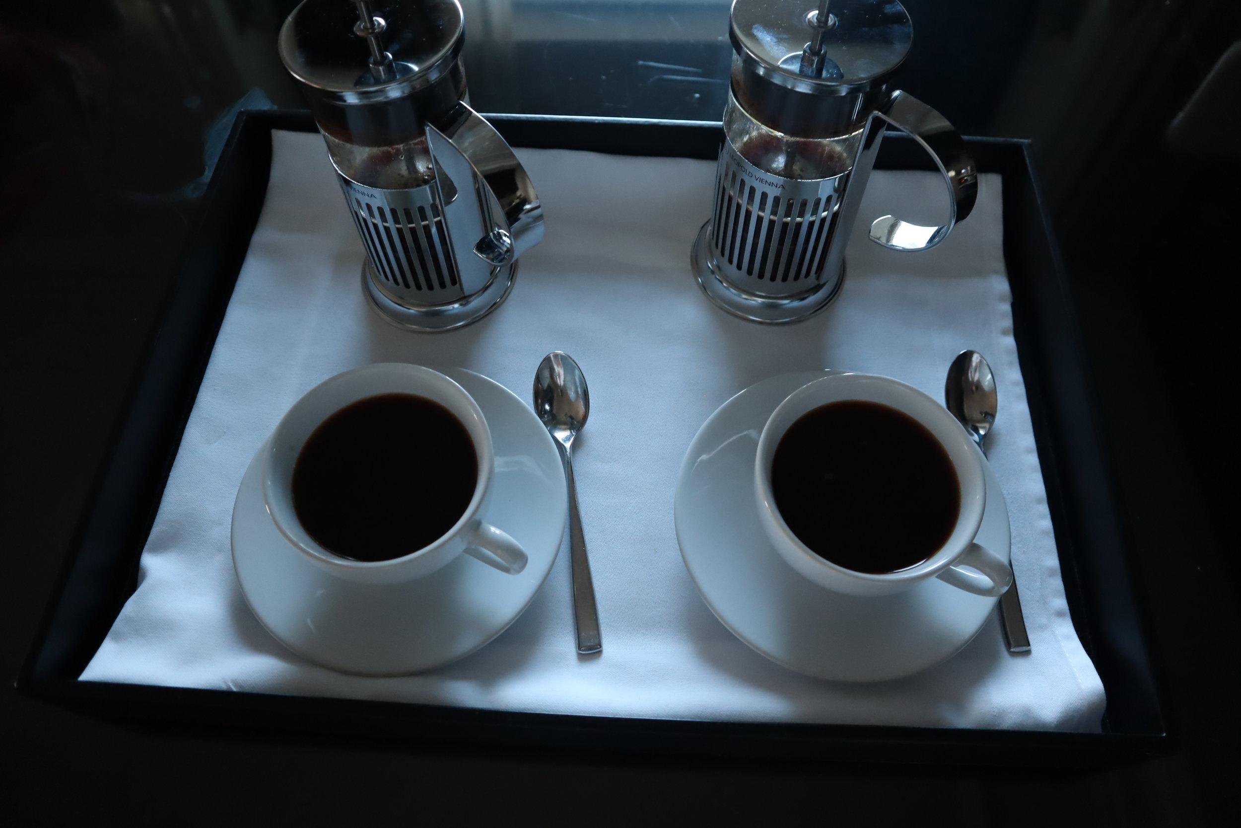 St. Regis Toronto – Morning beverage service