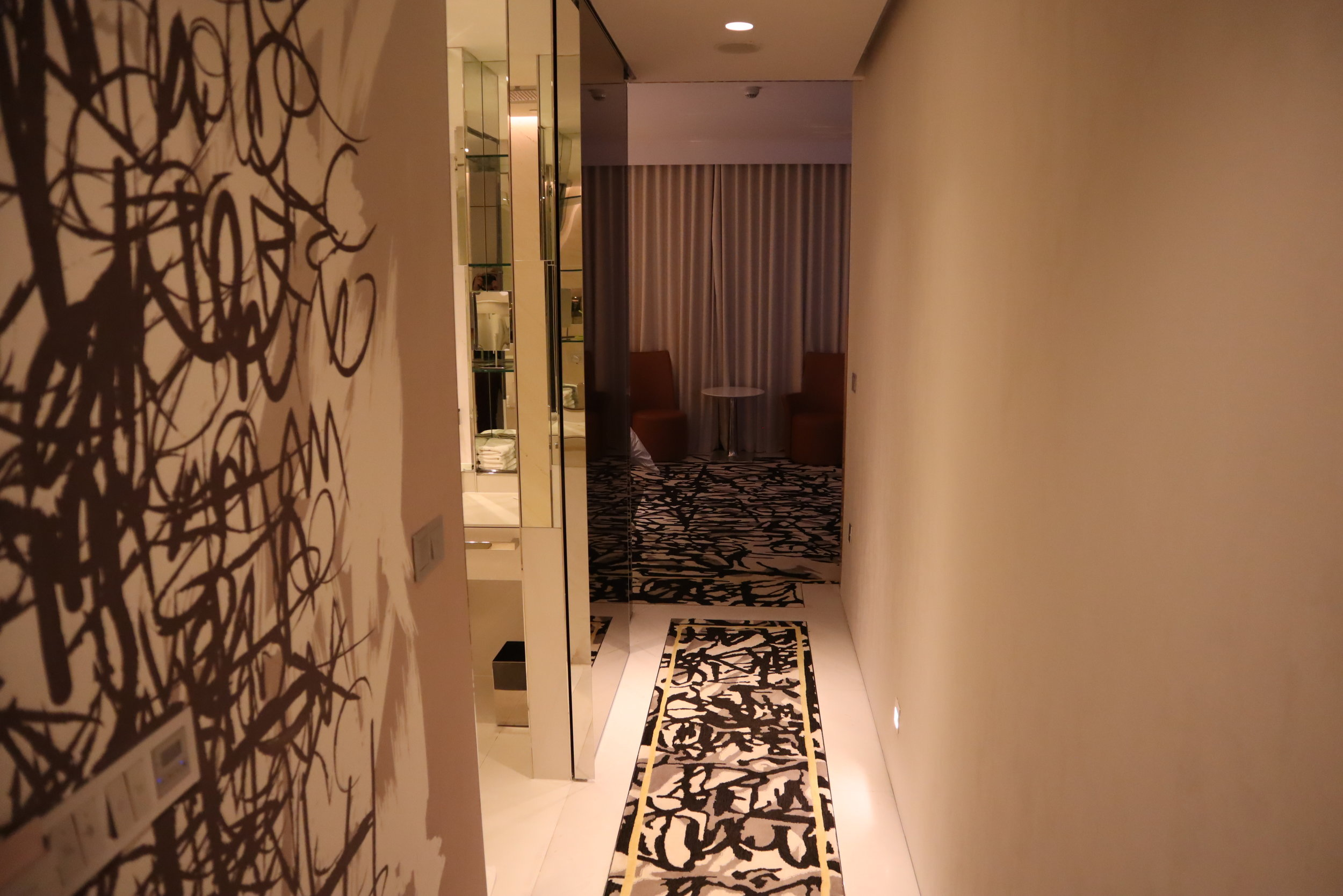 JW Marriott Singapore South Beach – Entryway
