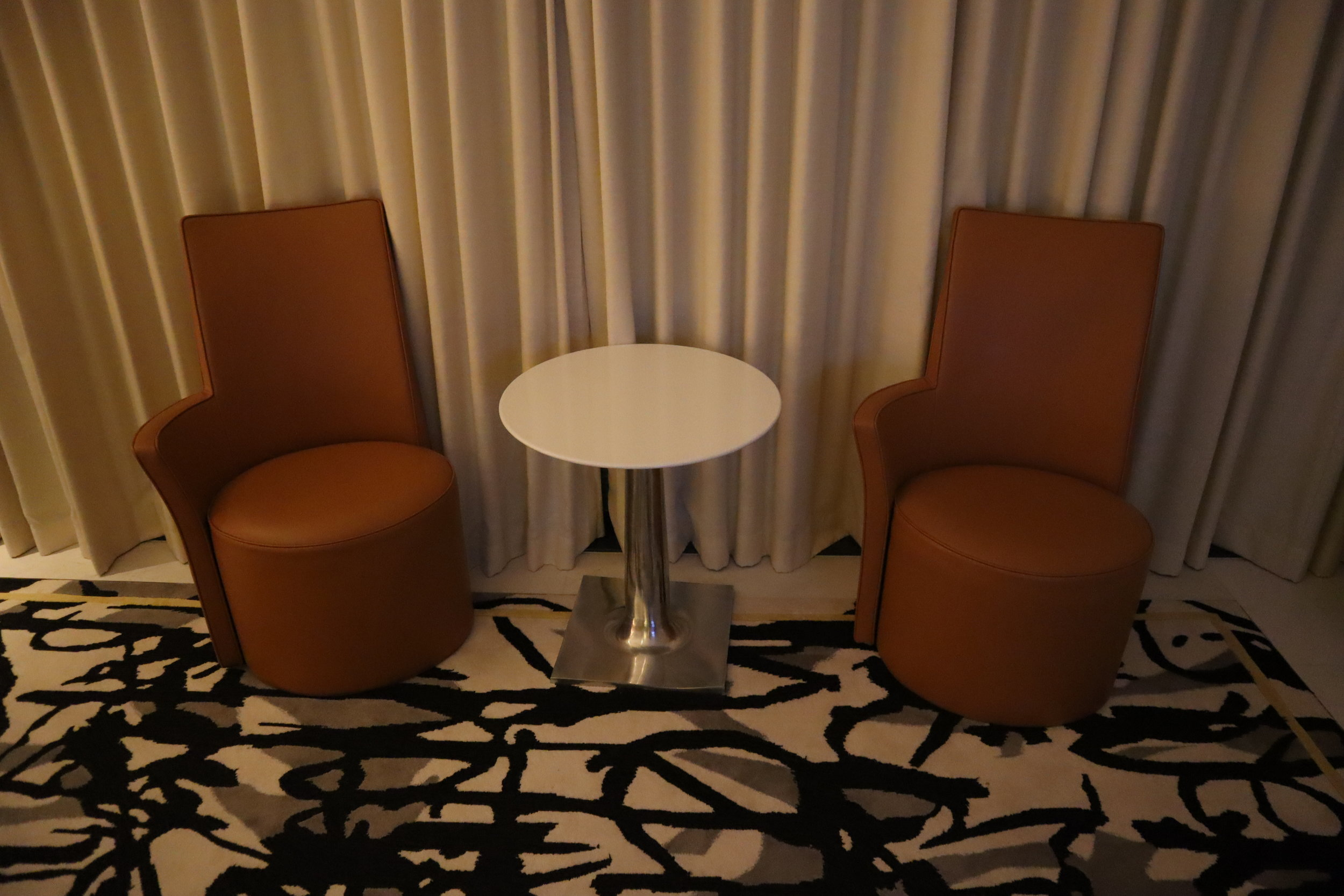 JW Marriott Singapore South Beach – Sitting area