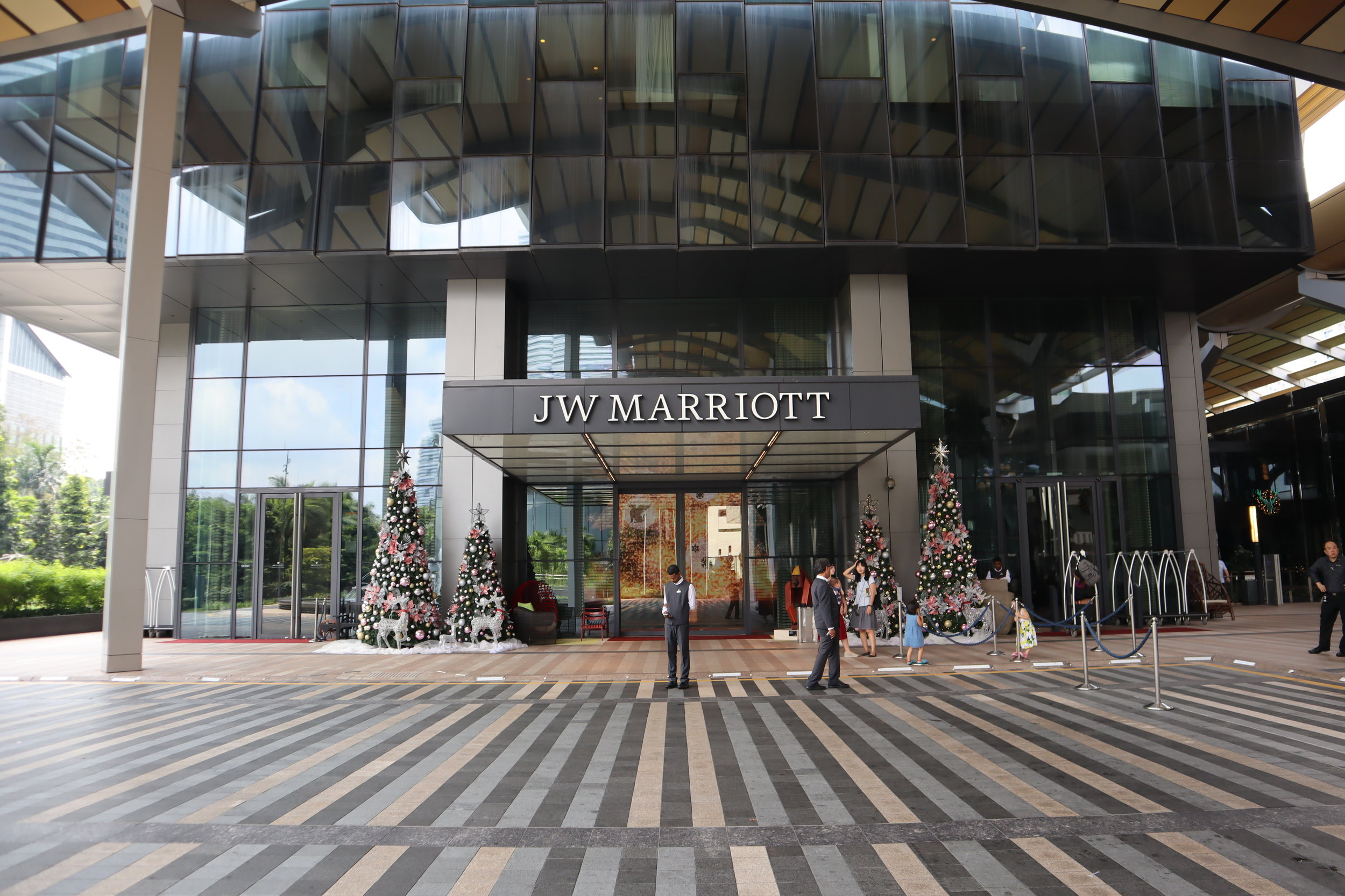 JW Marriott Singapore South Beach – Entrance