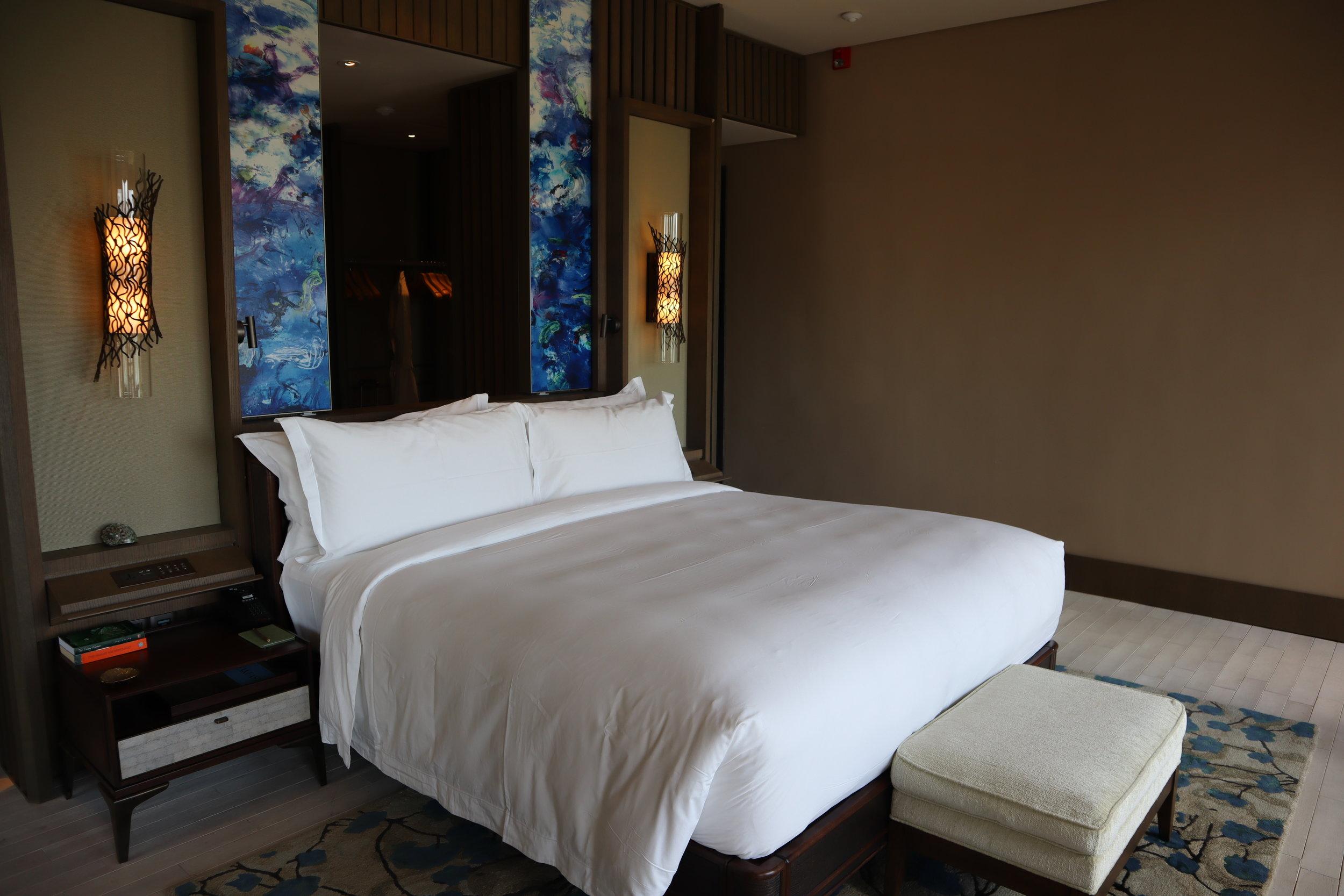 The Ritz-Carlton, Langkawi – Rainforest Junior Suite bedroom