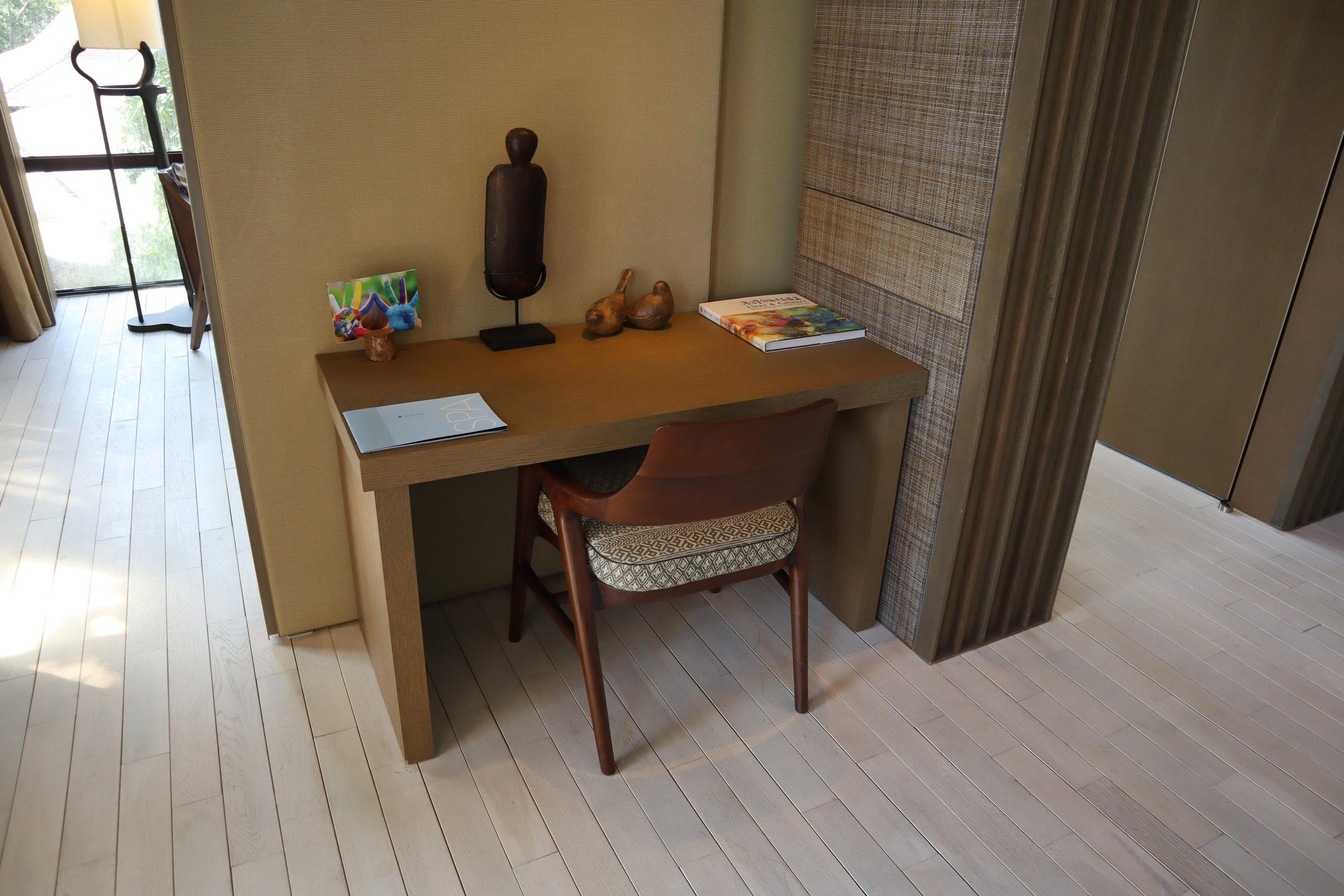 The Ritz-Carlton, Langkawi – Rainforest Junior Suite desk