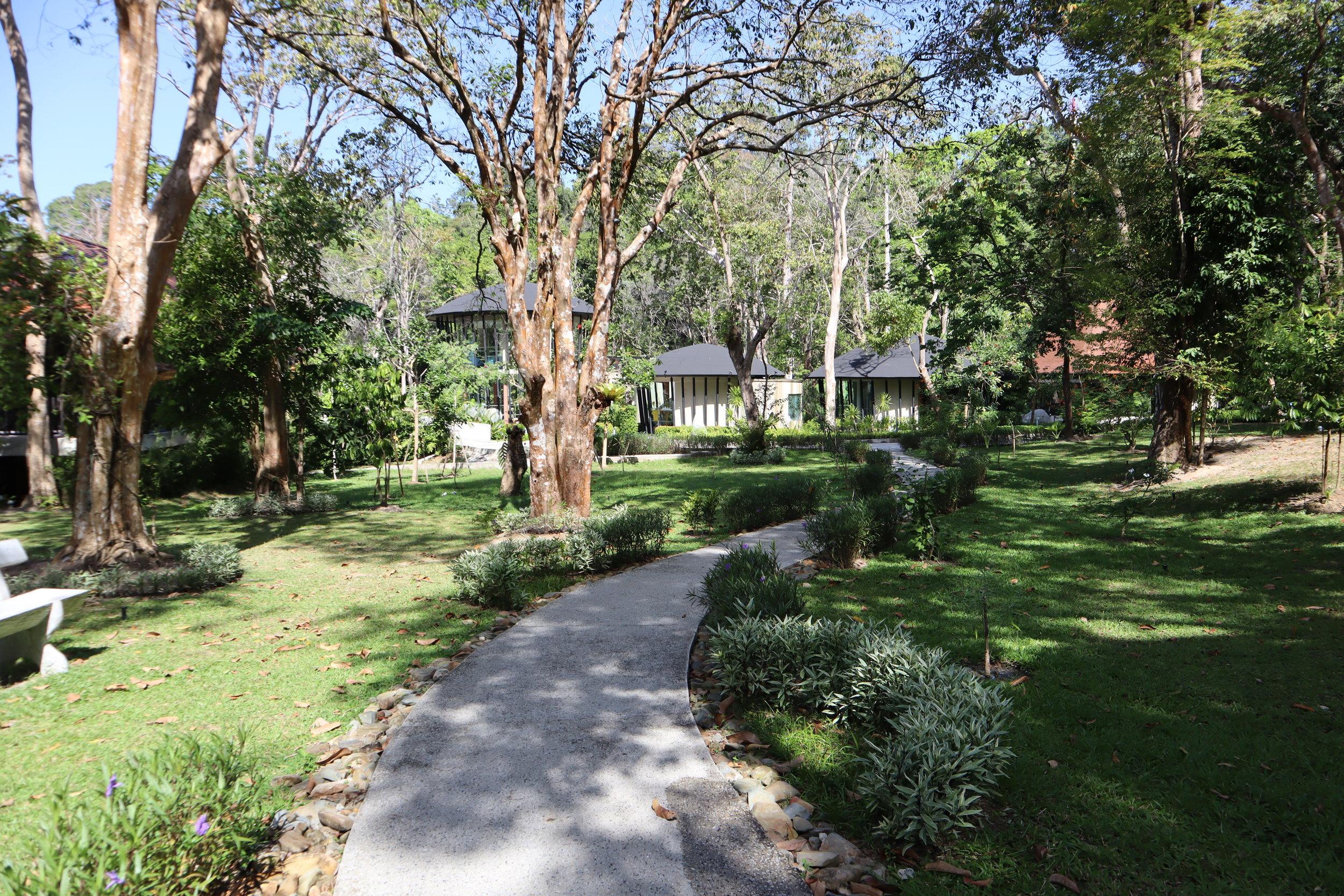 The Ritz-Carlton, Langkawi – Garden pathways
