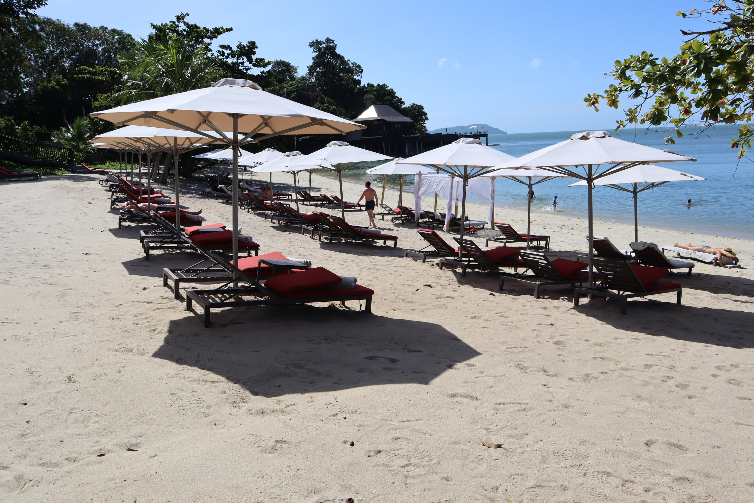 The Ritz-Carlton, Langkawi – Beach chairs