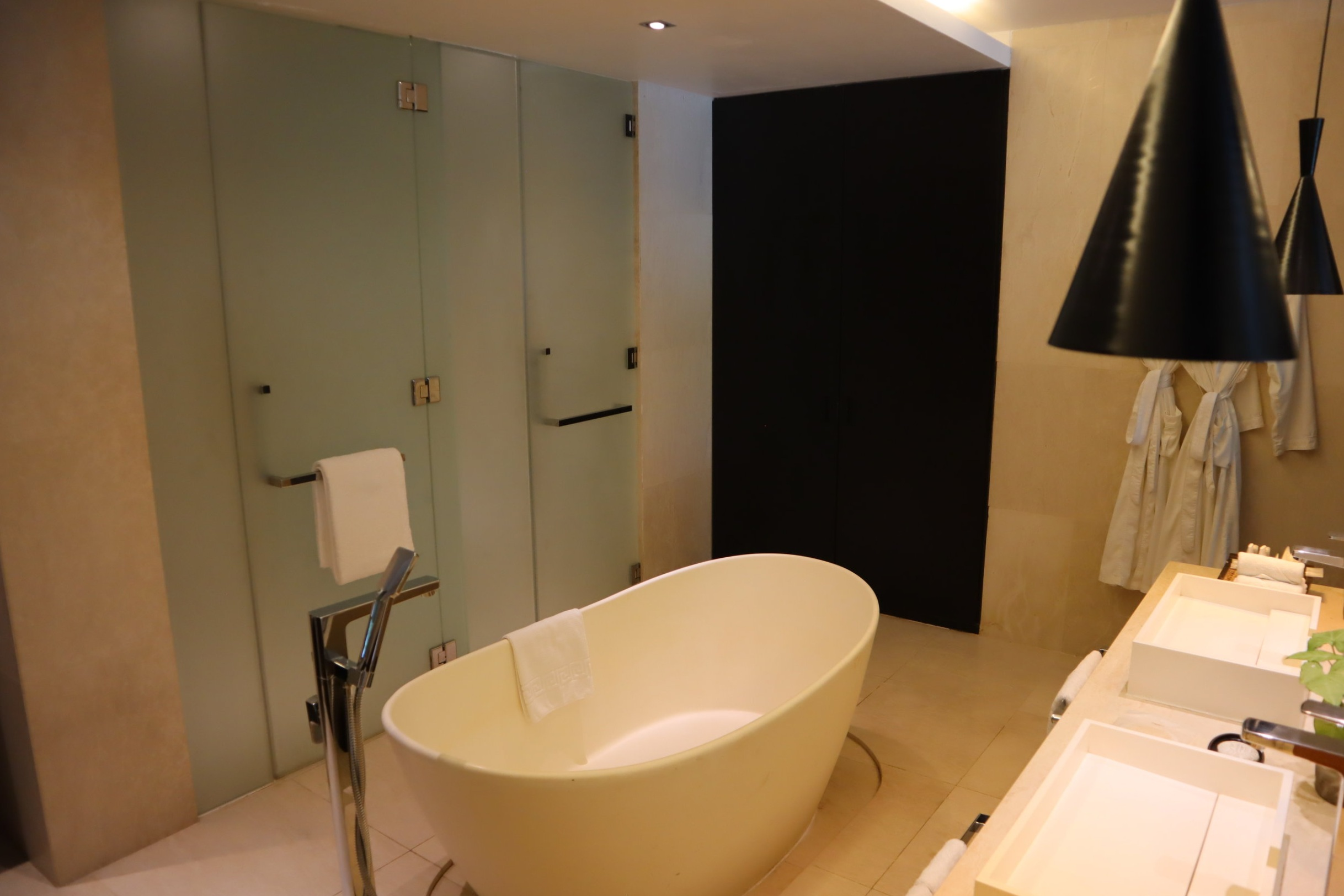 The Andaman Langkawi – Executive Pool Suite bathroom