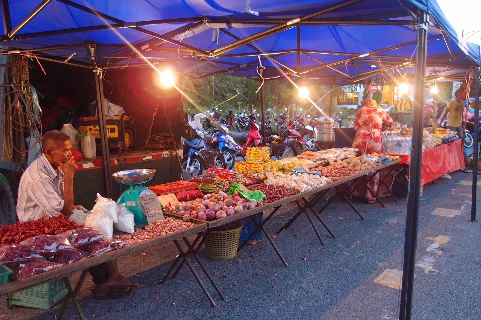 Pantai Cenang Night Market