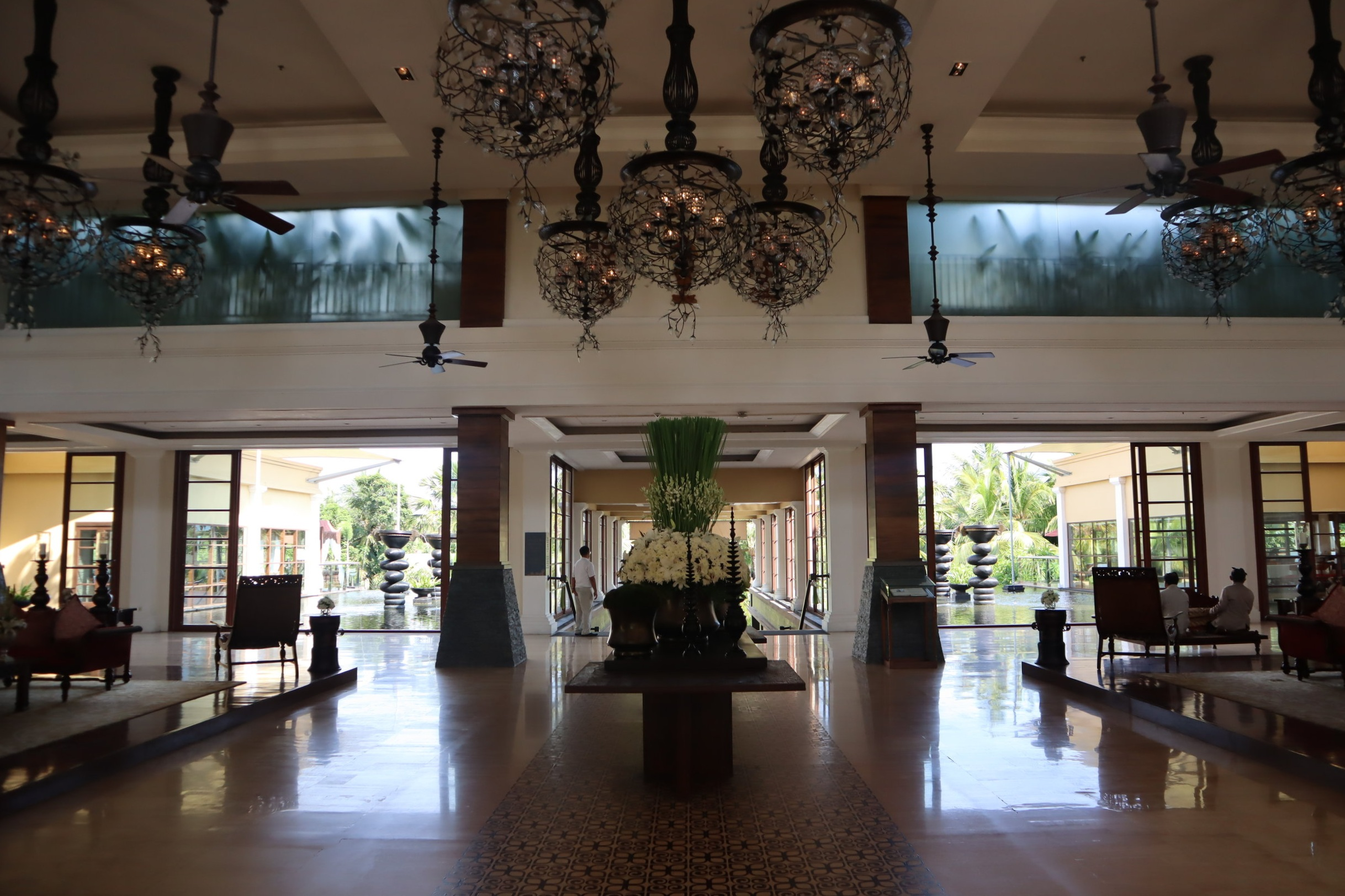 St. Regis Bali – Lobby