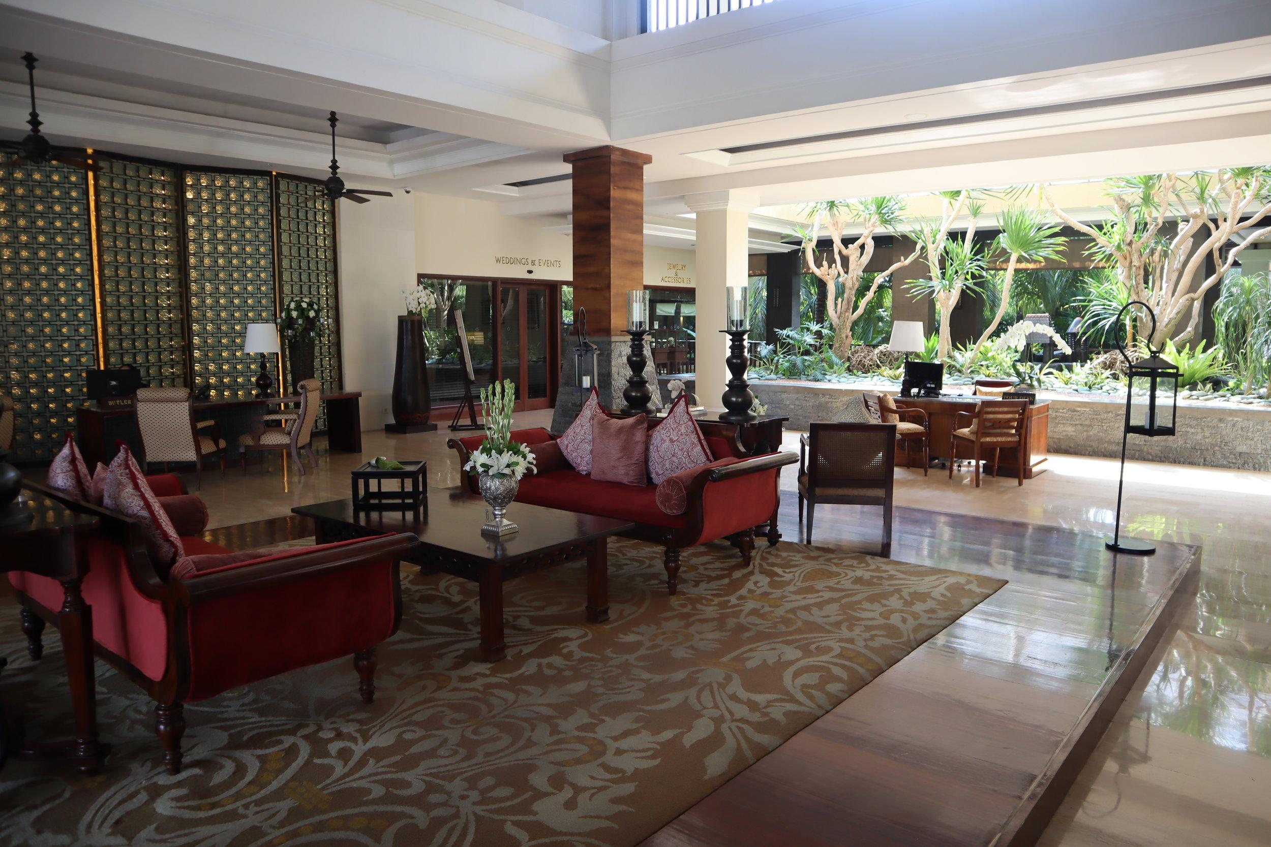 St. Regis Bali – Lobby seating area