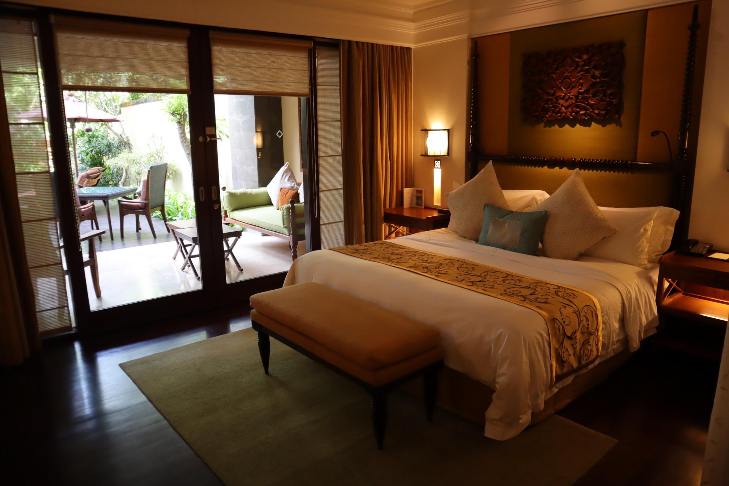 St. Regis Bali – St. Regis Pool Suite bedroom