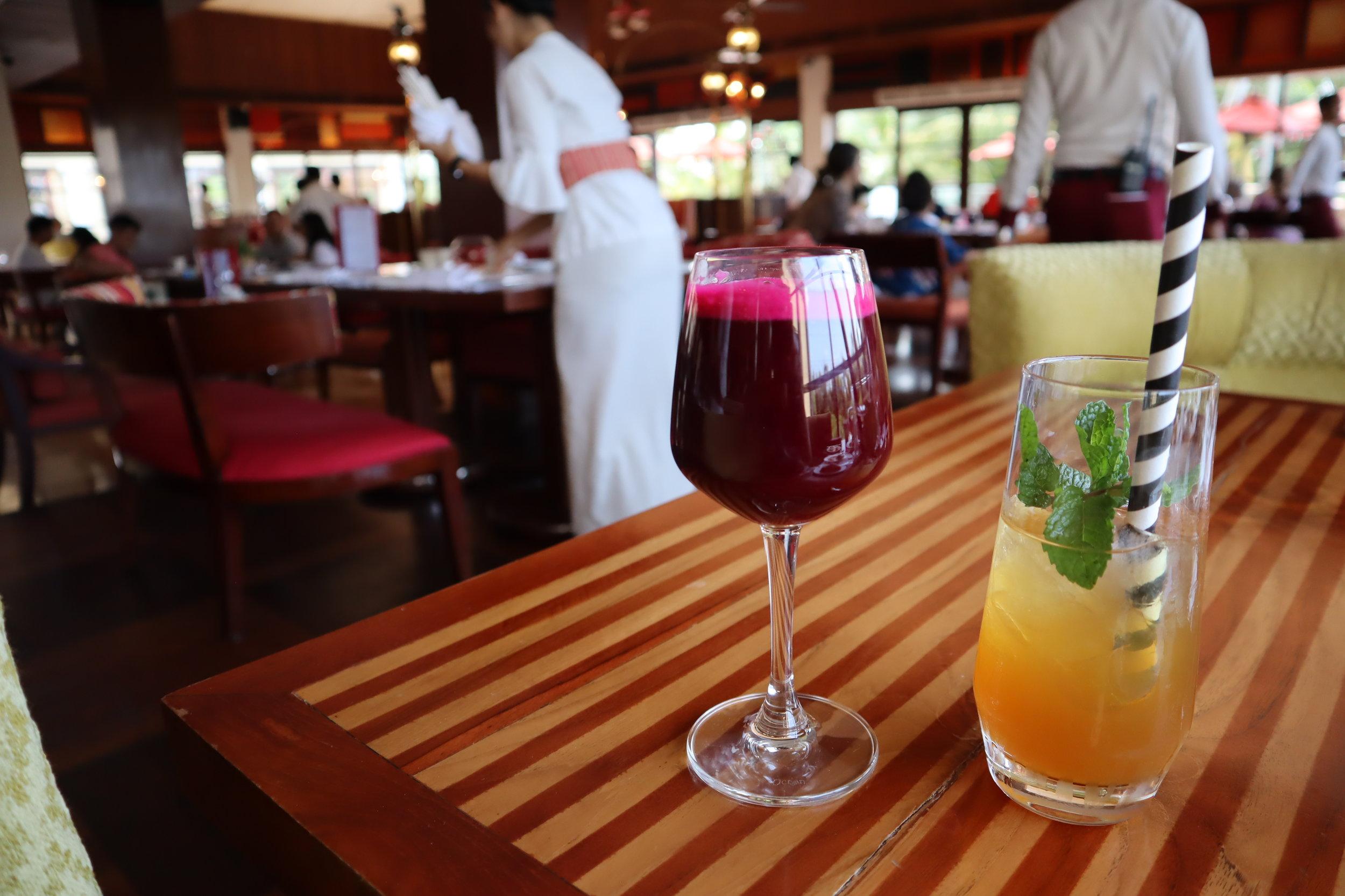 St. Regis Bali – Berry smoothie and St. Regis ice tea