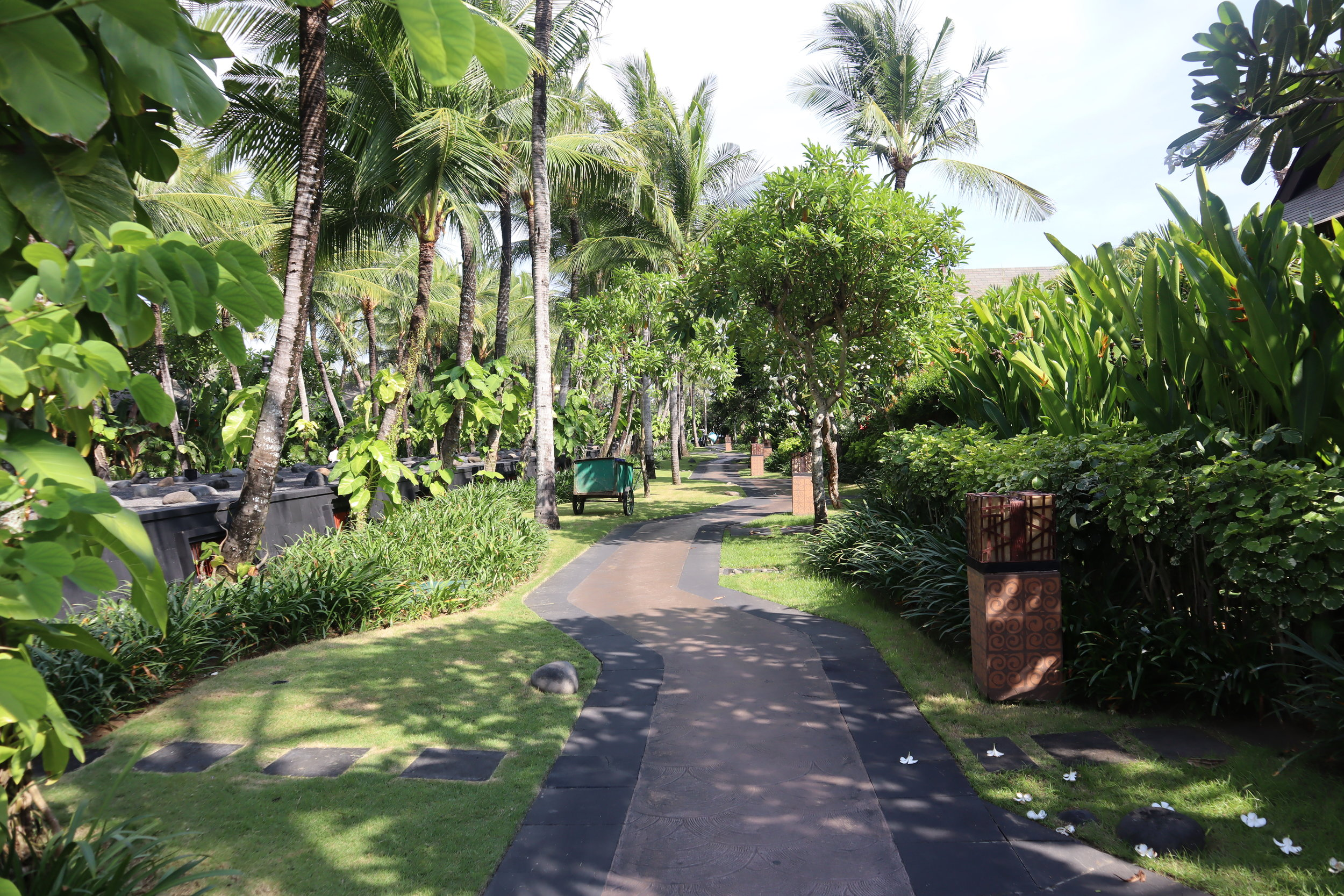 St. Regis Bali – Pathway
