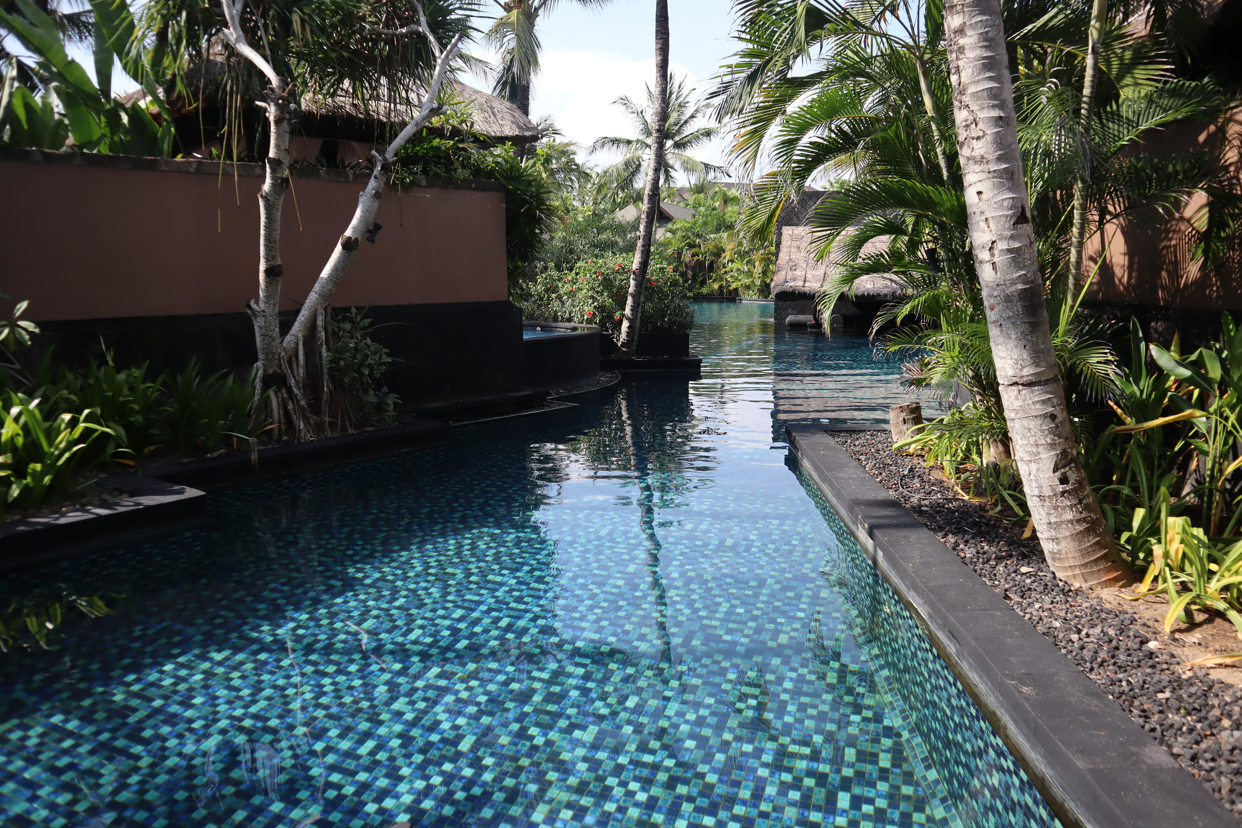St. Regis Bali – Saltwater lagoon