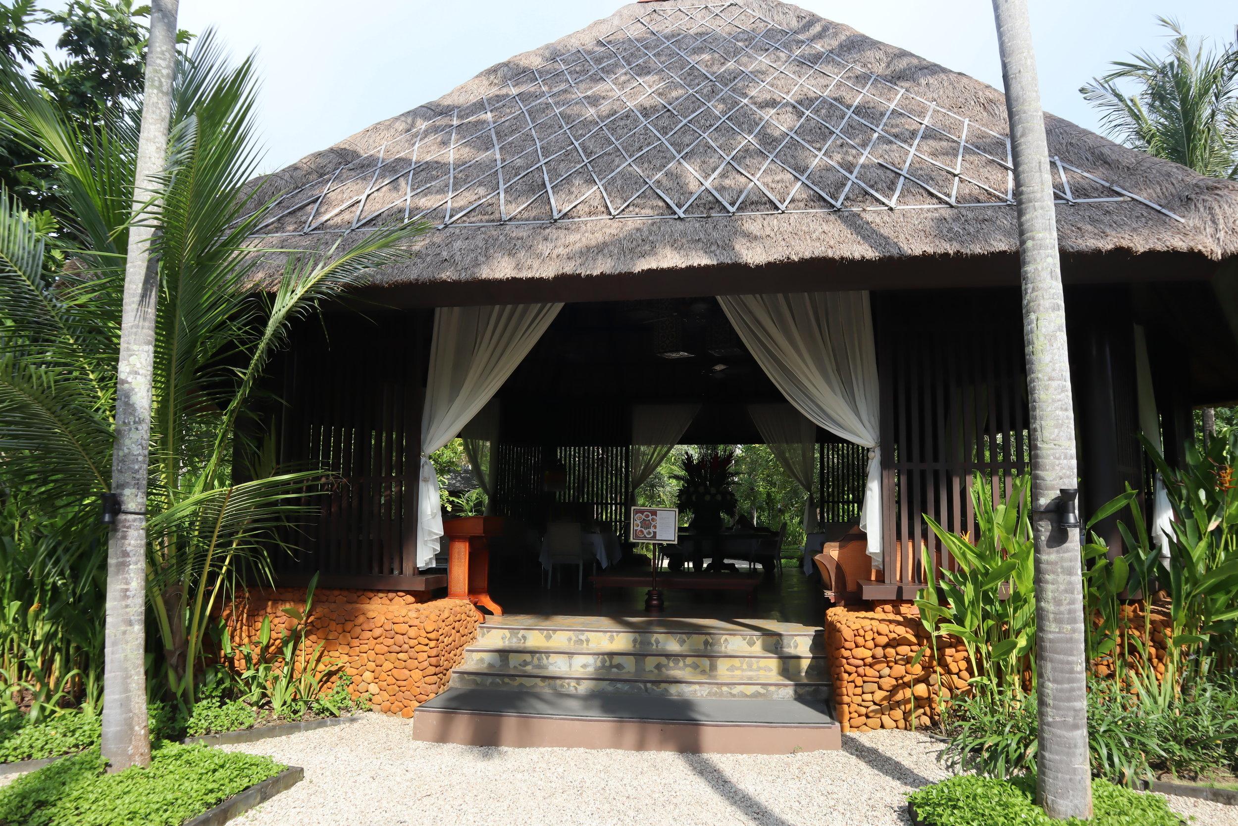 St. Regis Bali – Dulang restaurant
