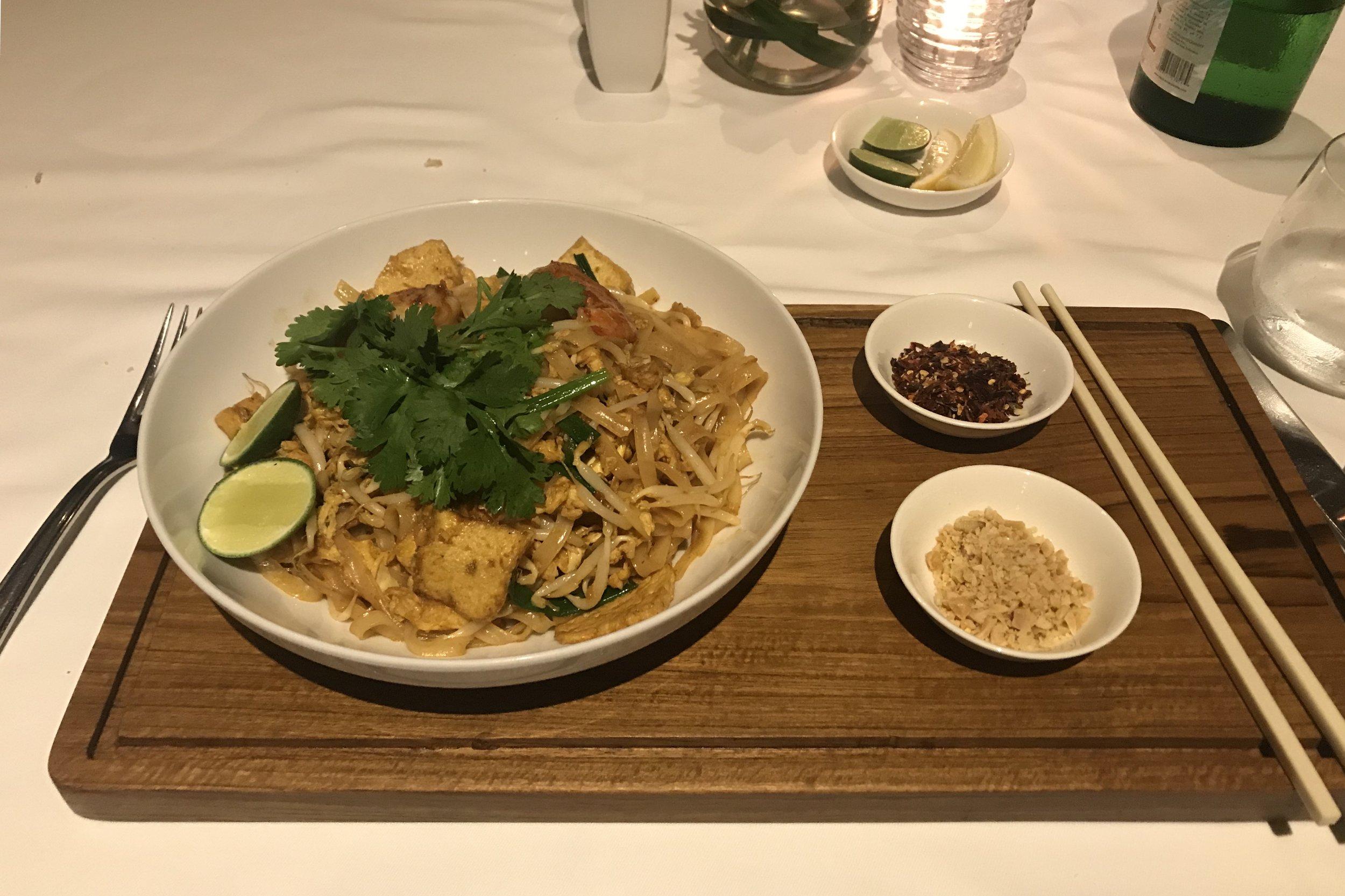 St. Regis Bali – Gourmand Deli Pad Thai