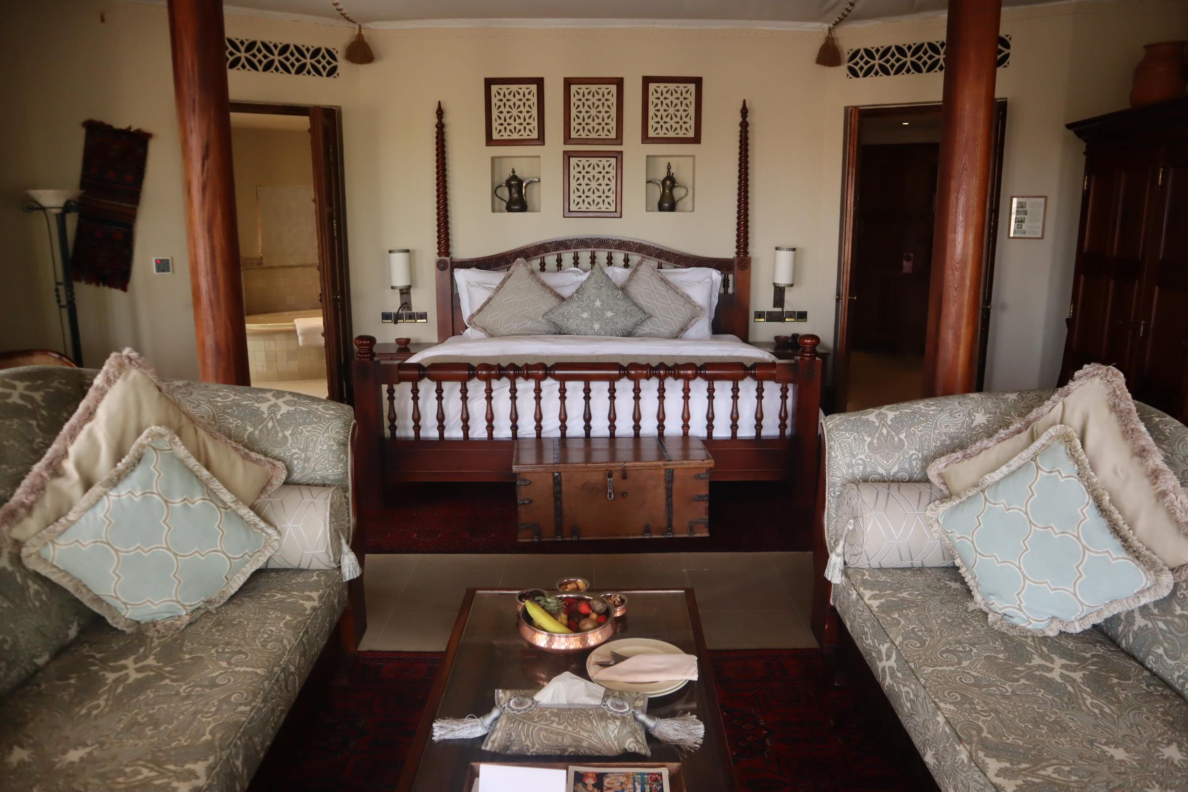 Bedouin Suite, Al Maha Desert Resort & Spa