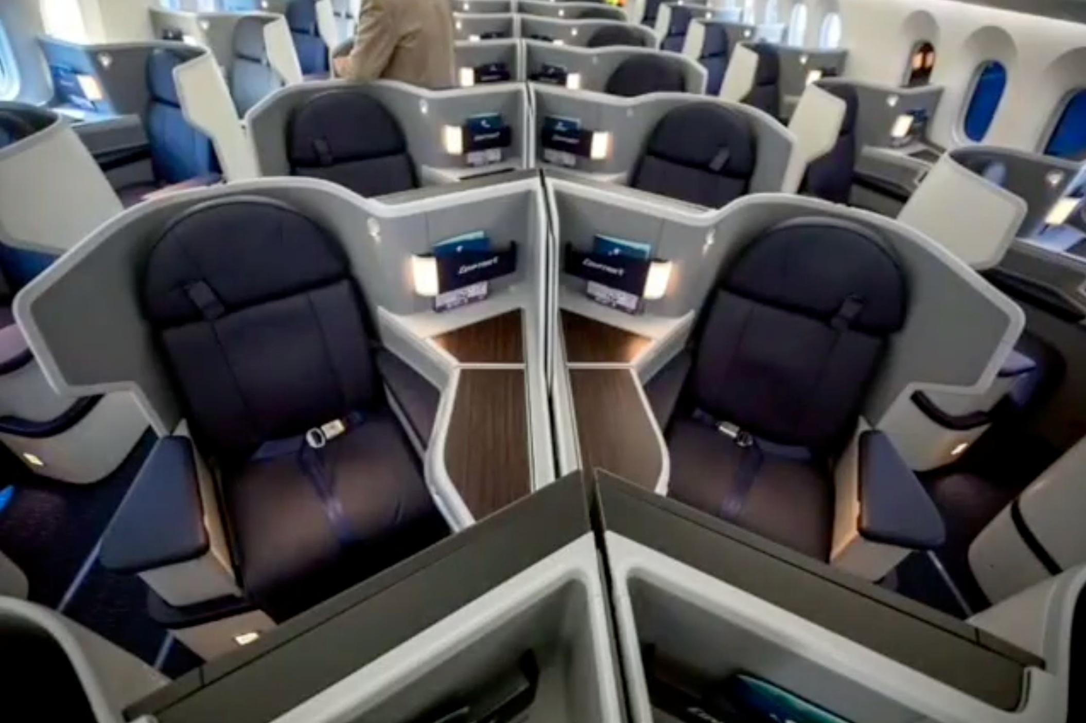 Egyptair 787 business class