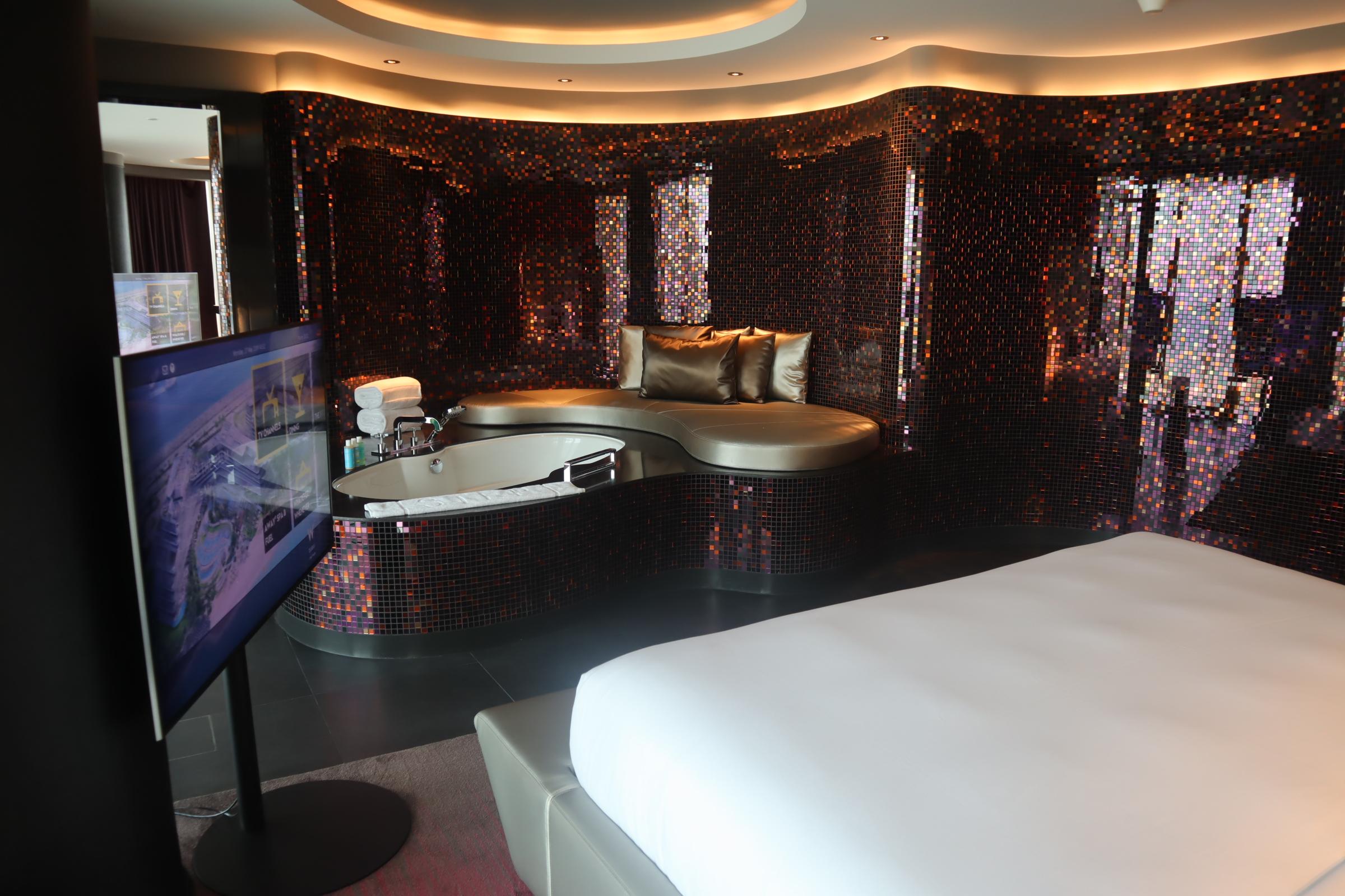 W Dubai The Palm – Marvelous Suite