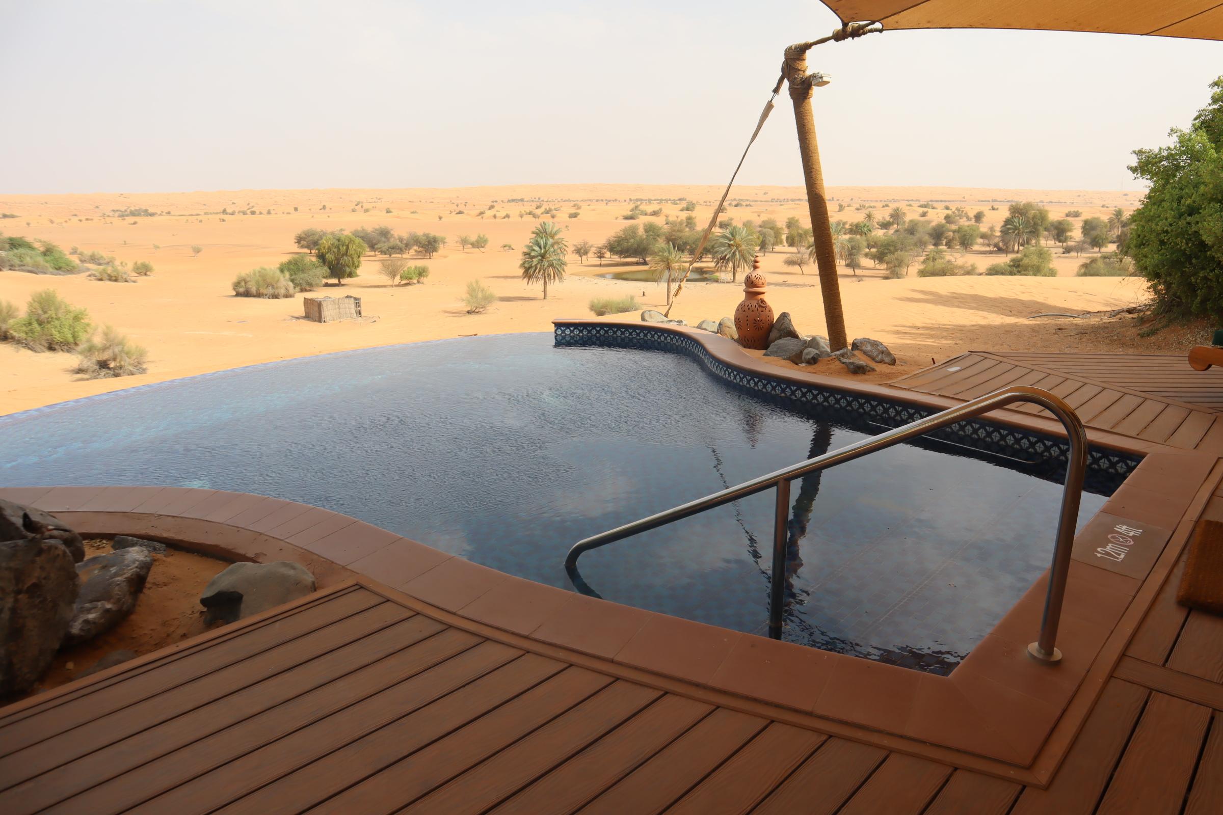 Private pool, Al Maha Desert Resort