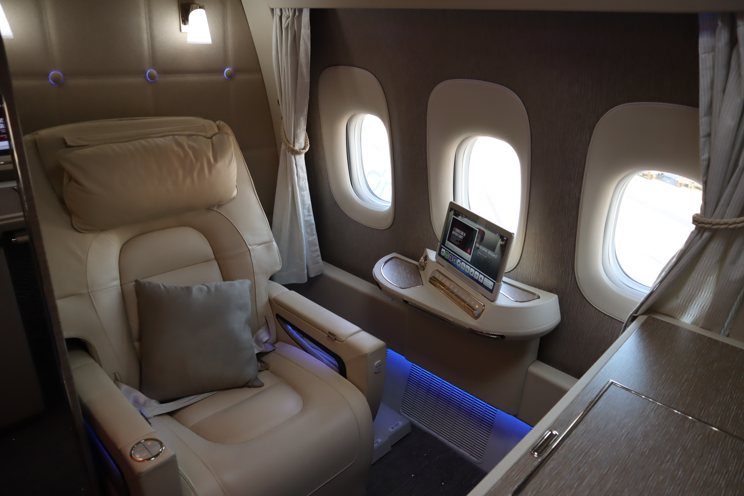Emirates 777 New First Class