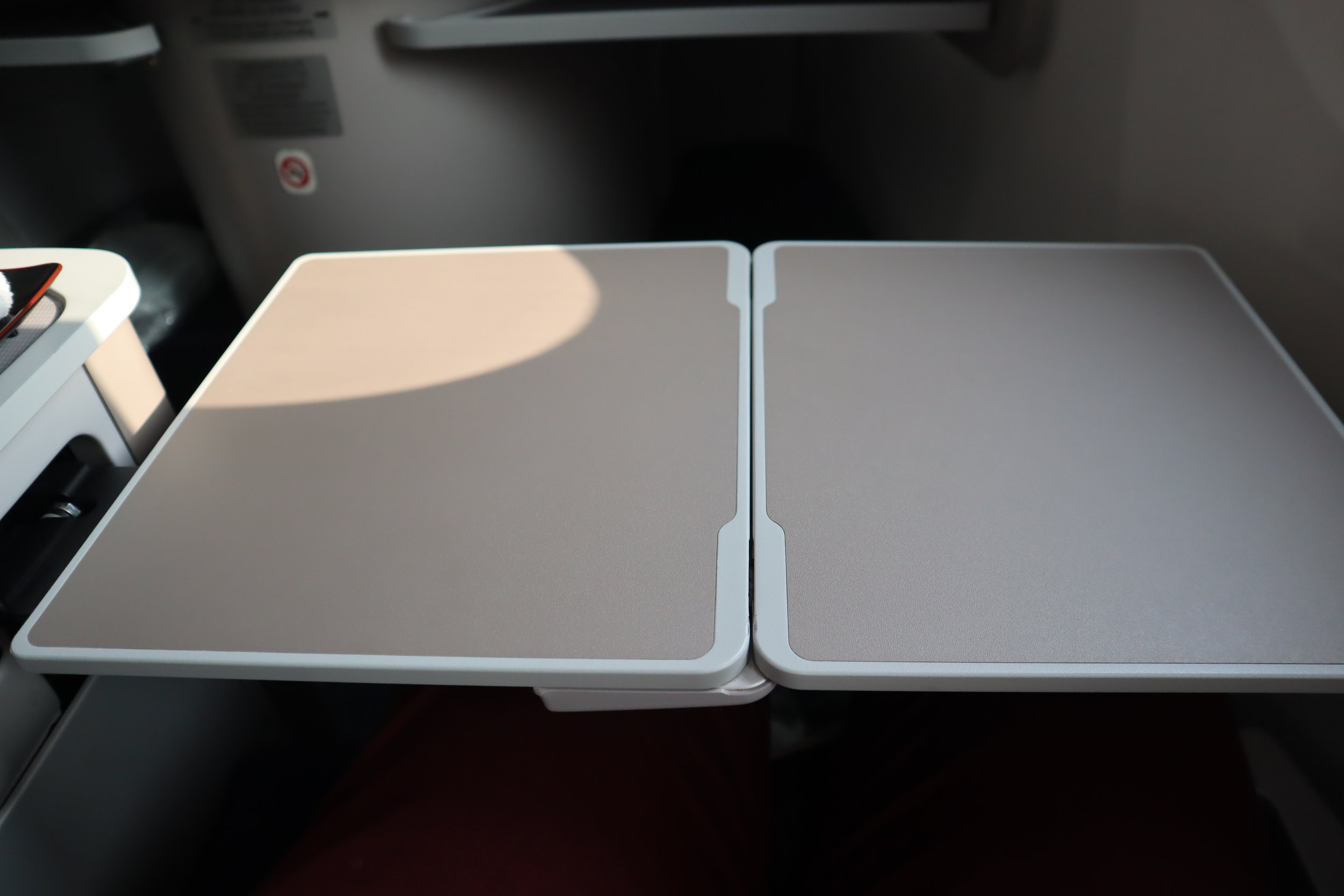 Air China business class – Tray table