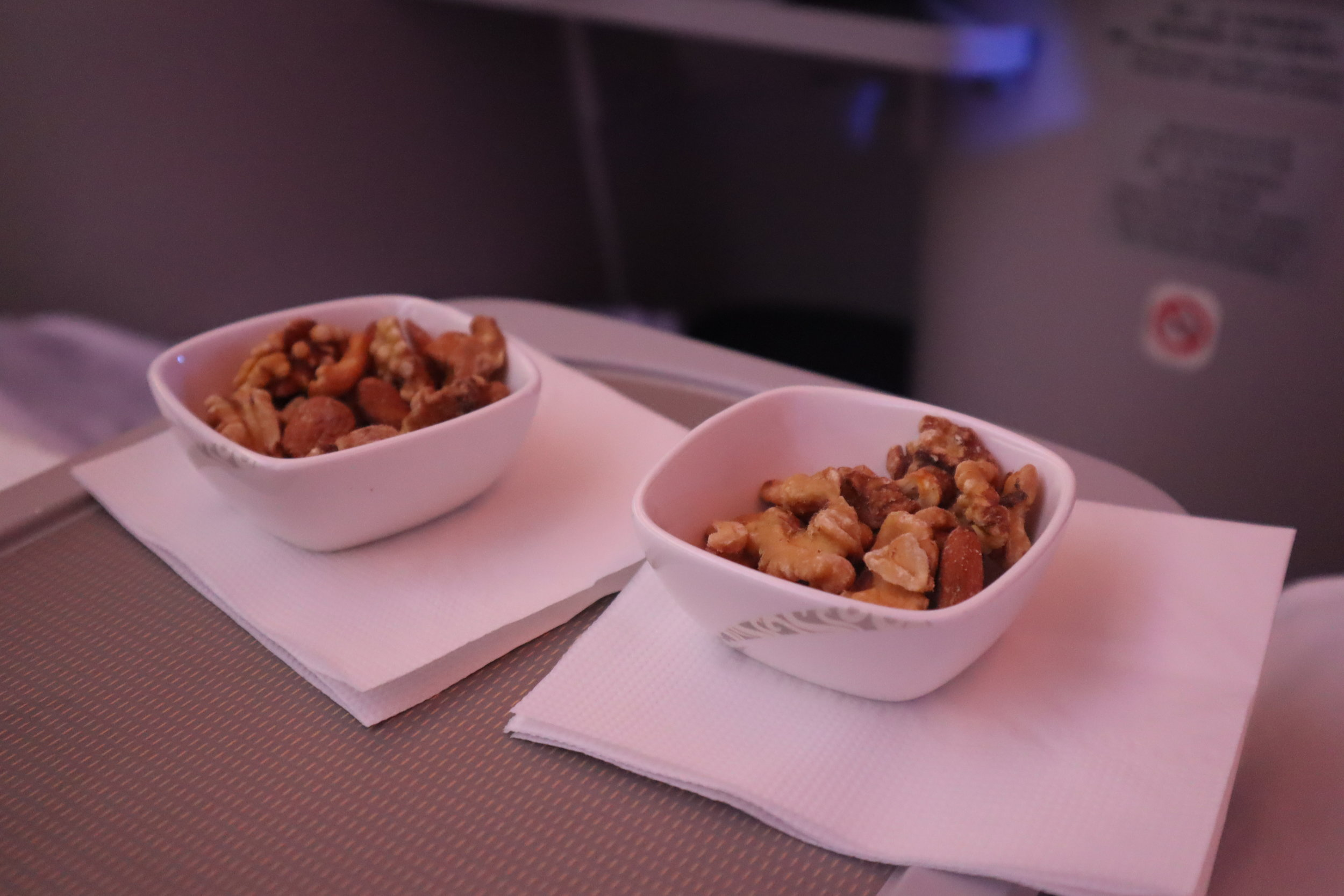 Air China business class – Mixed nuts