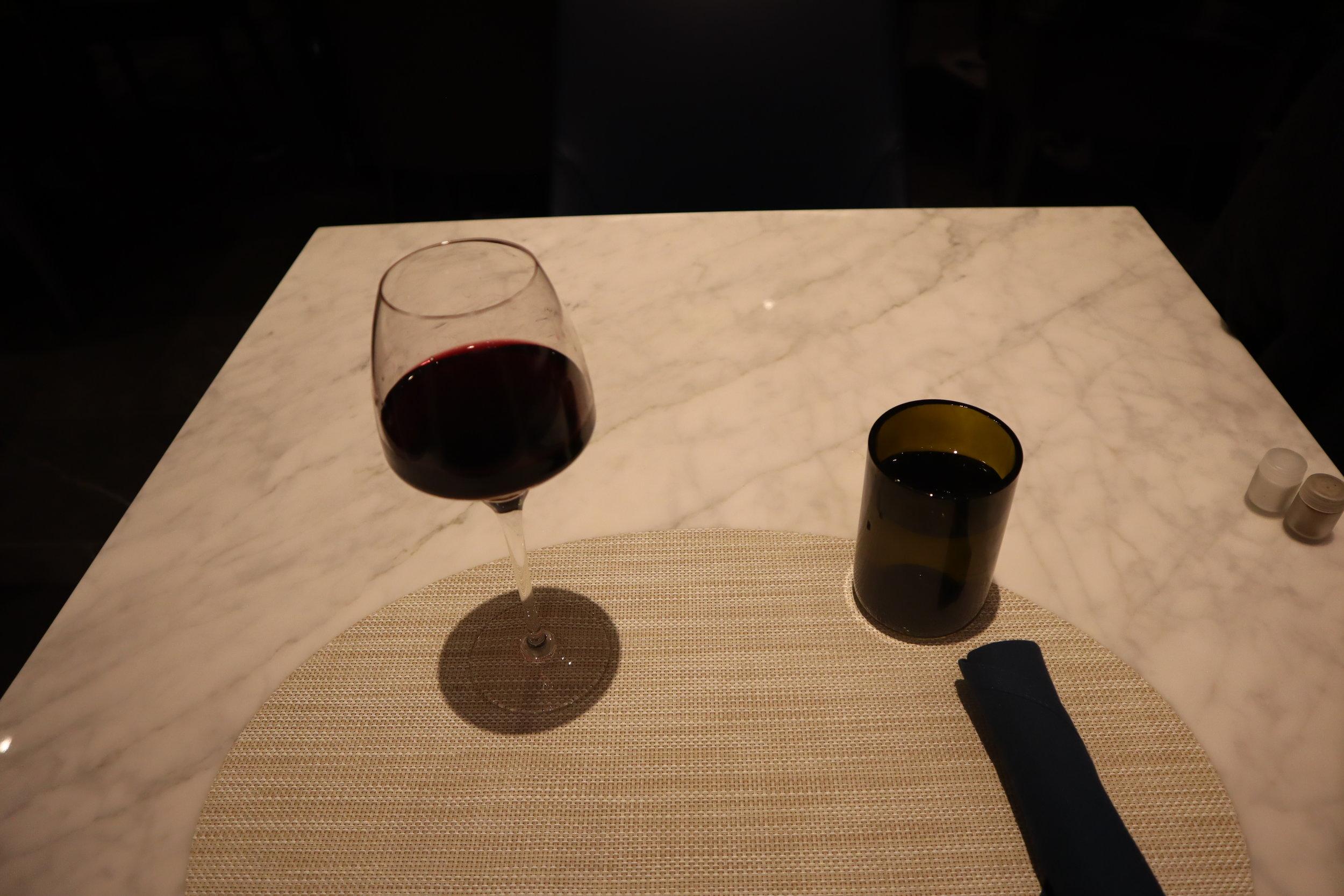 United Polaris Lounge Newark – Glass of Malbec