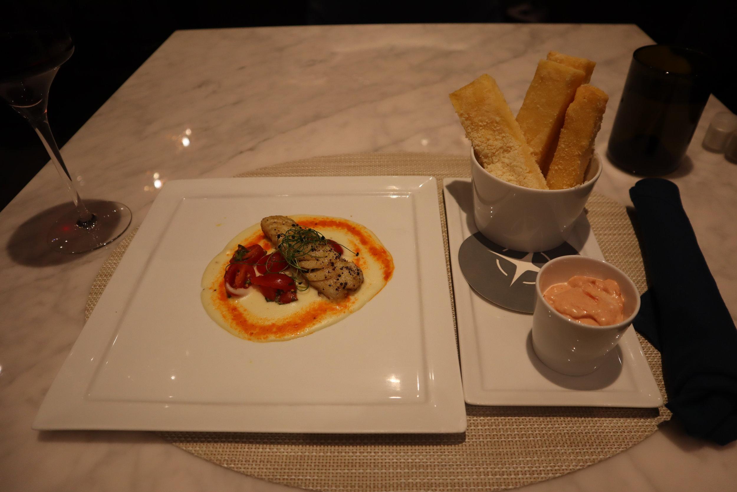 United Polaris Lounge Newark – Polenta fries and seared cod