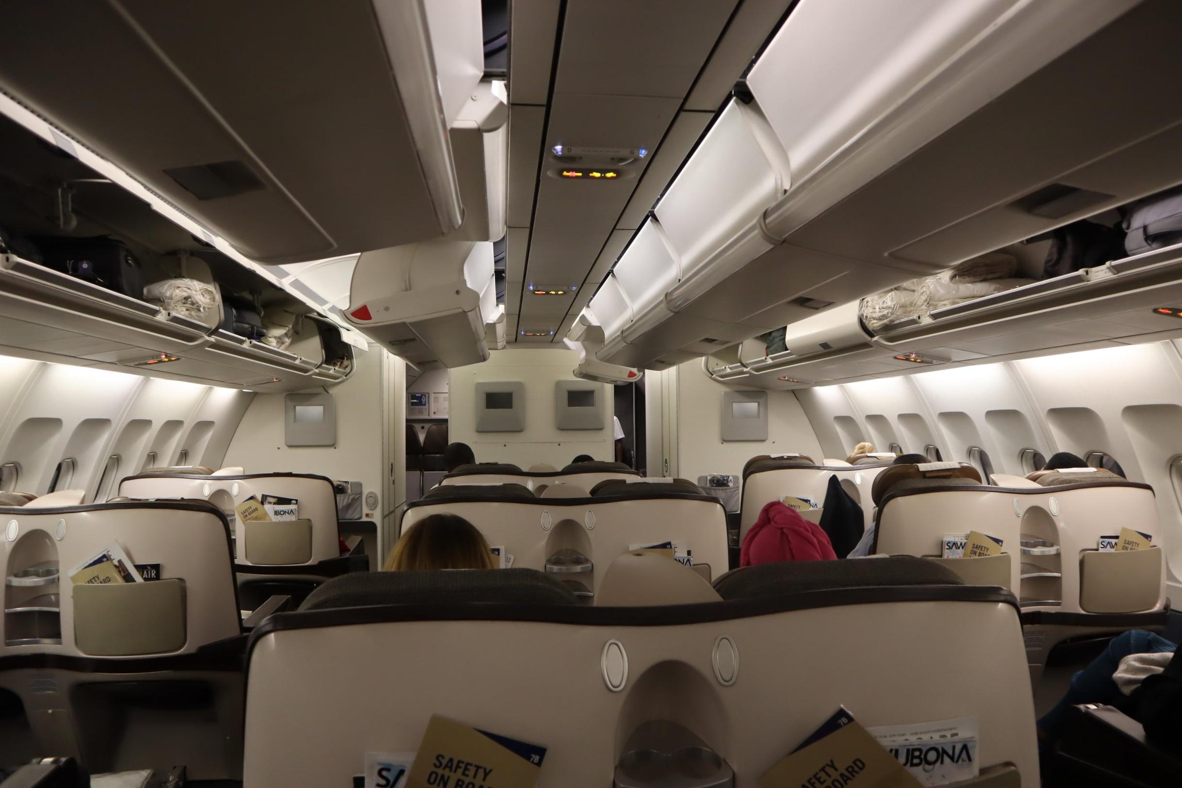 South-African-Airways-Business-Class-20.JPG