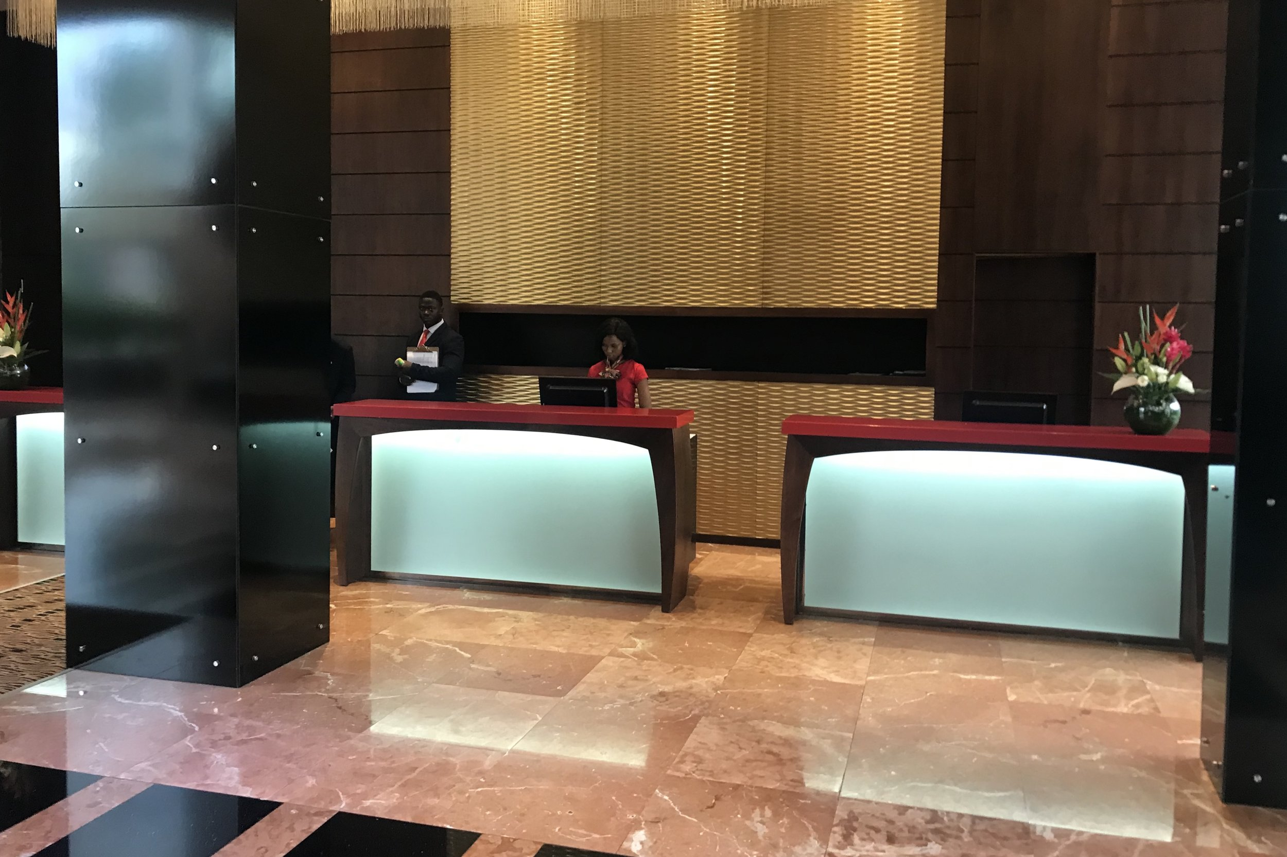 Marriott Accra – Check-in desks