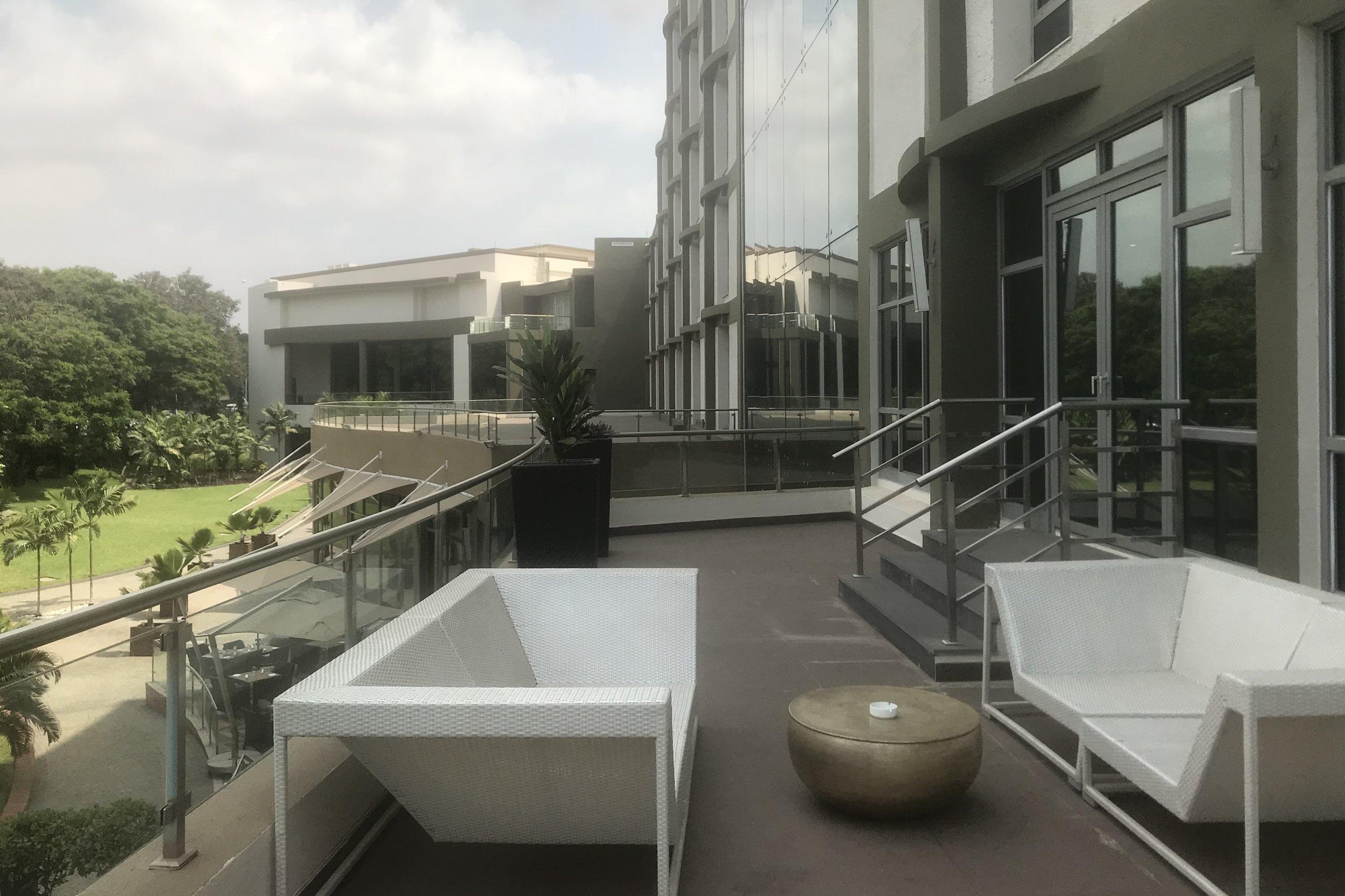 Marriott Accra – Executive Lounge patio