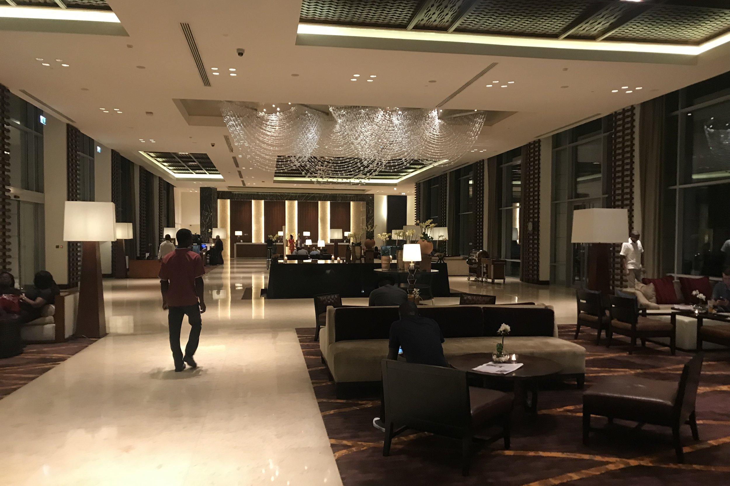 Kempinski Accra – Lobby