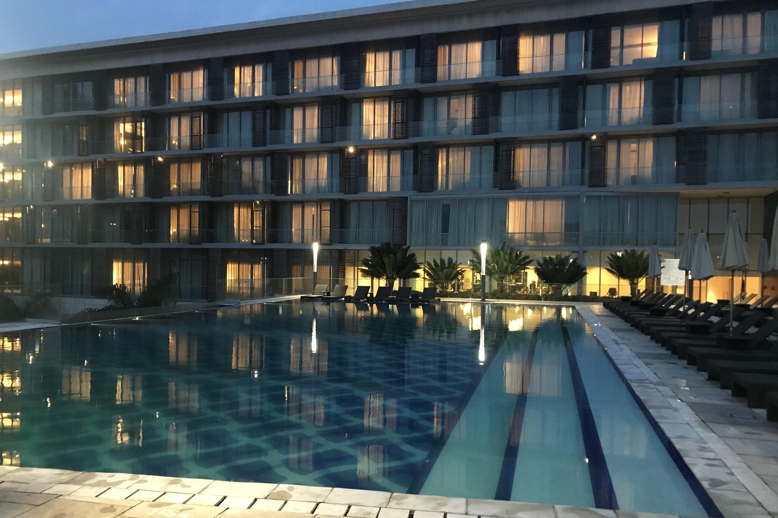 Kempinski Accra – Outdoor pool