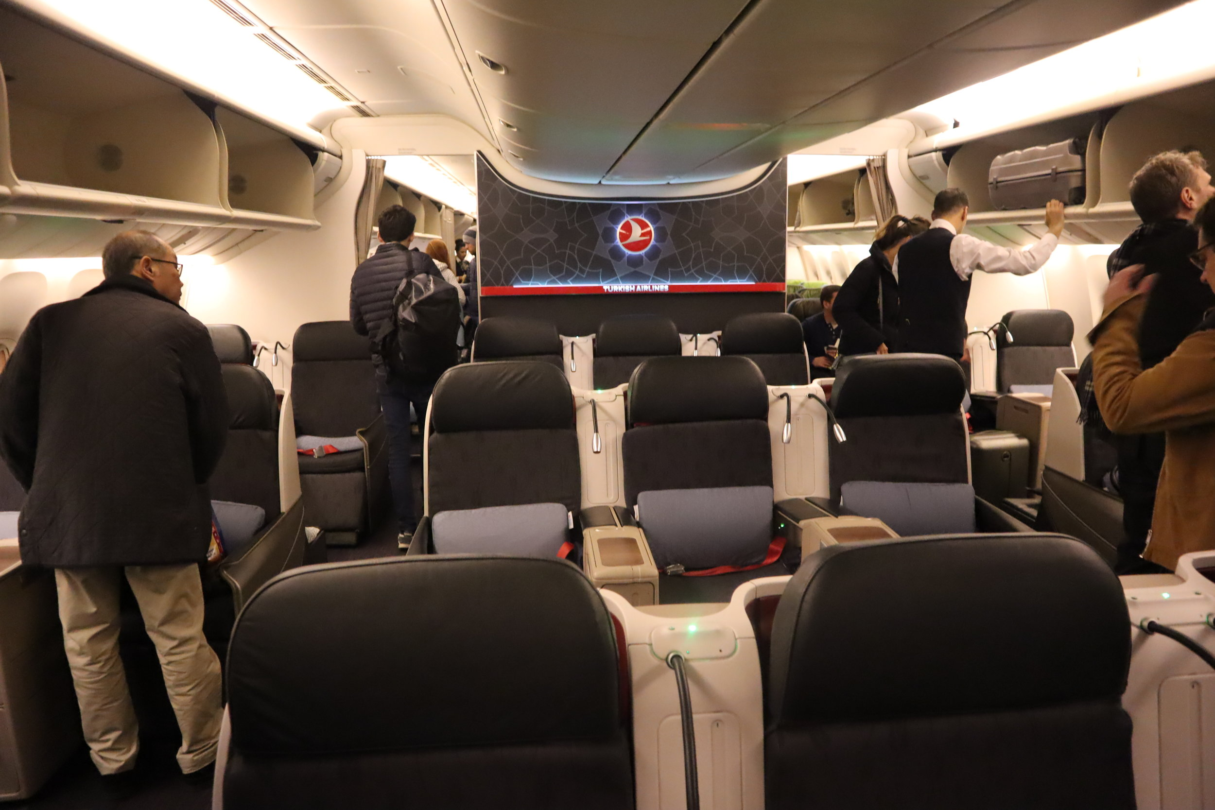 Turkish Airlines 777 business class – Cabin