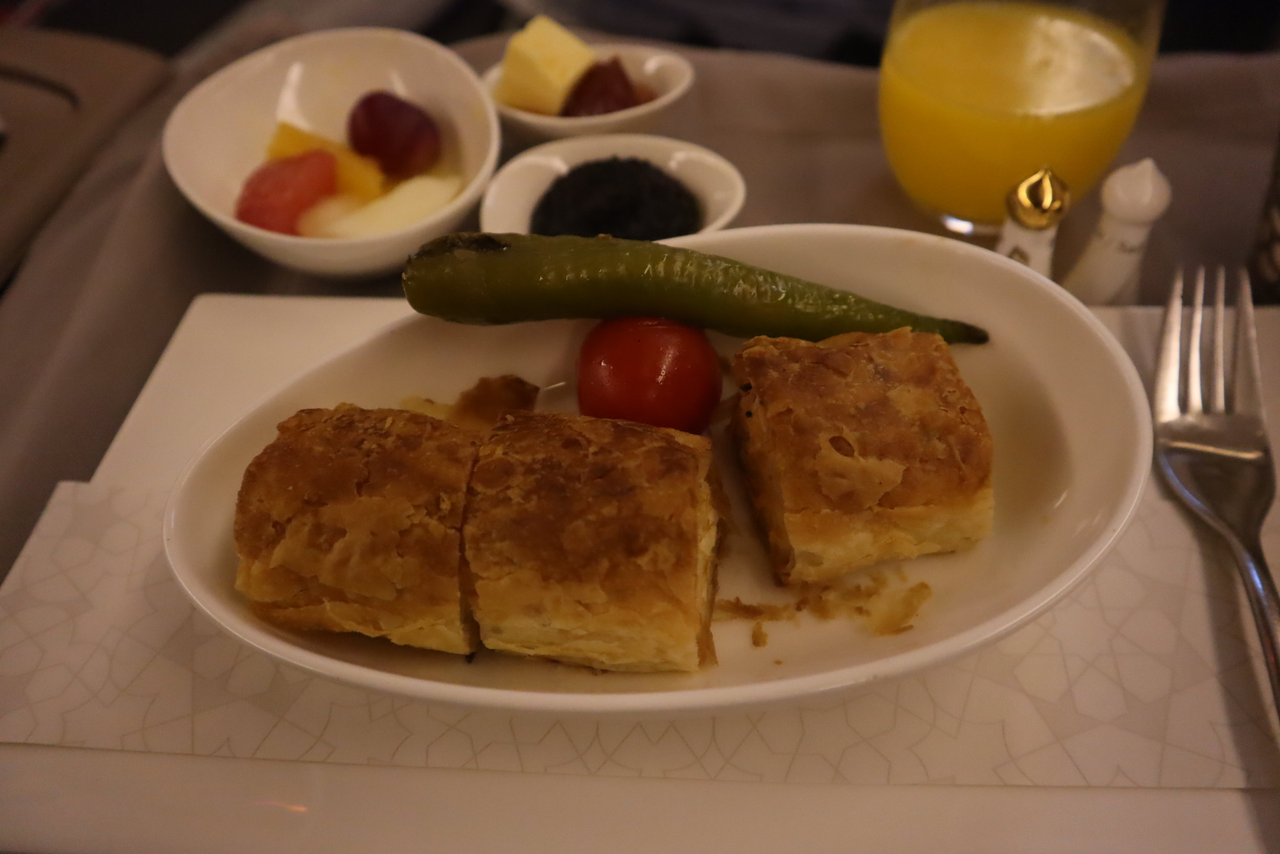 Turkish Airlines 777 business class – Pre-arrival meal