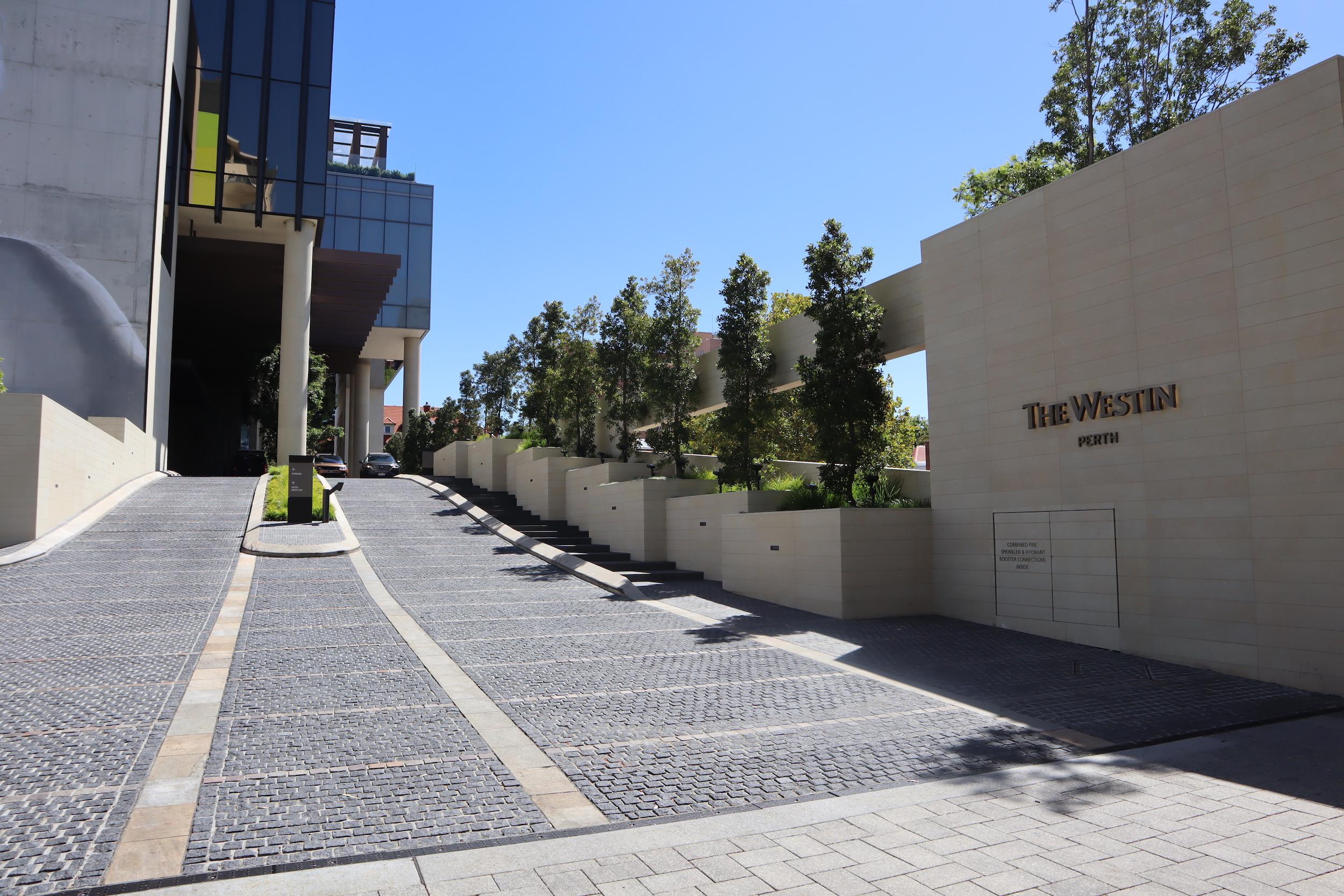 Westin Perth – Entryway