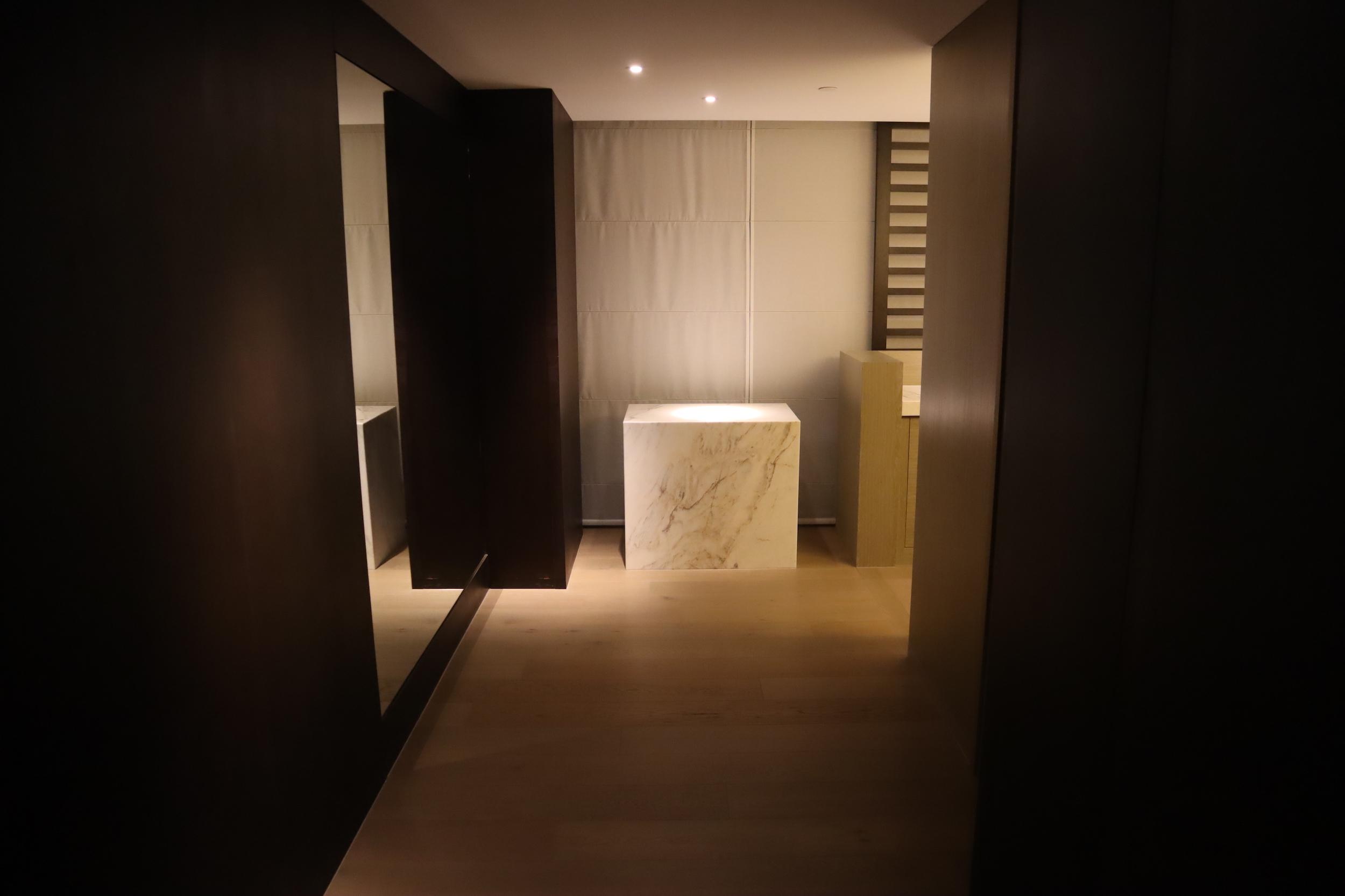 Westin Perth – Westin Suite foyer