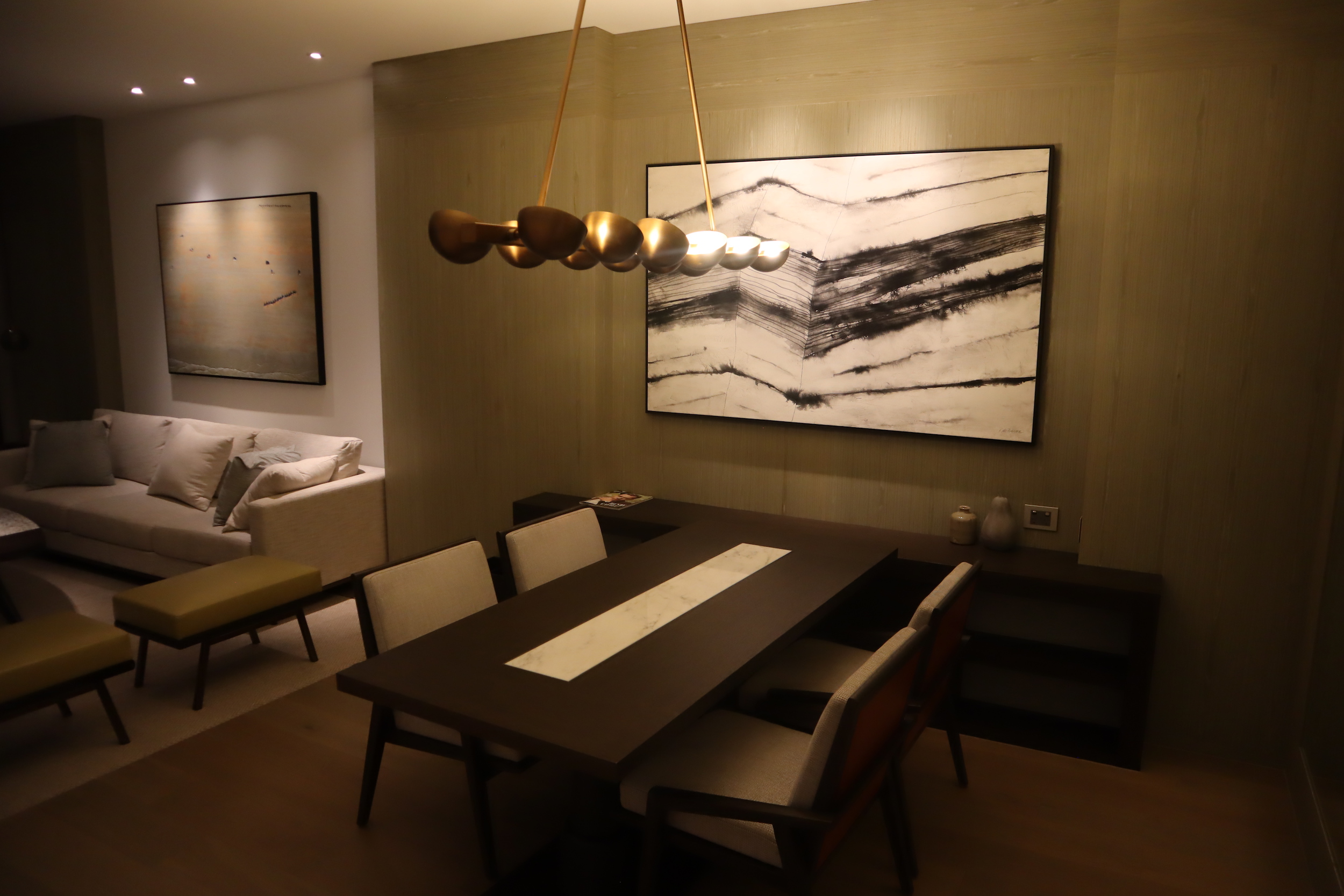 Westin Perth – Westin Suite dining table