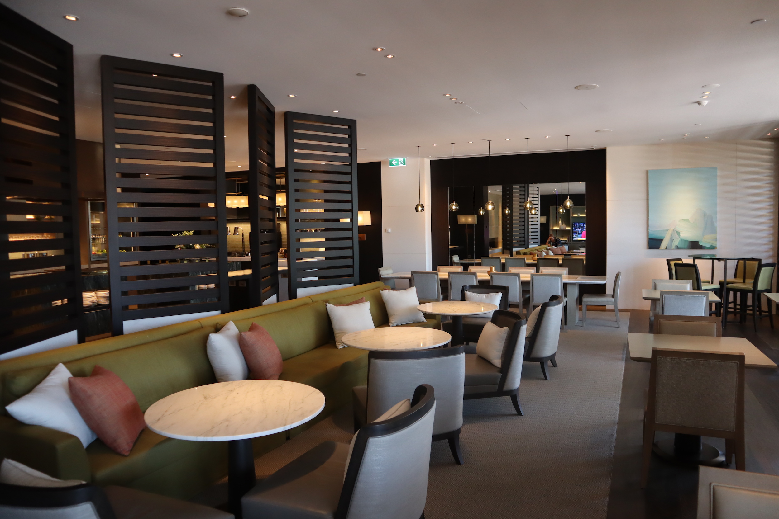 Westin Perth – Executive Lounge seating
