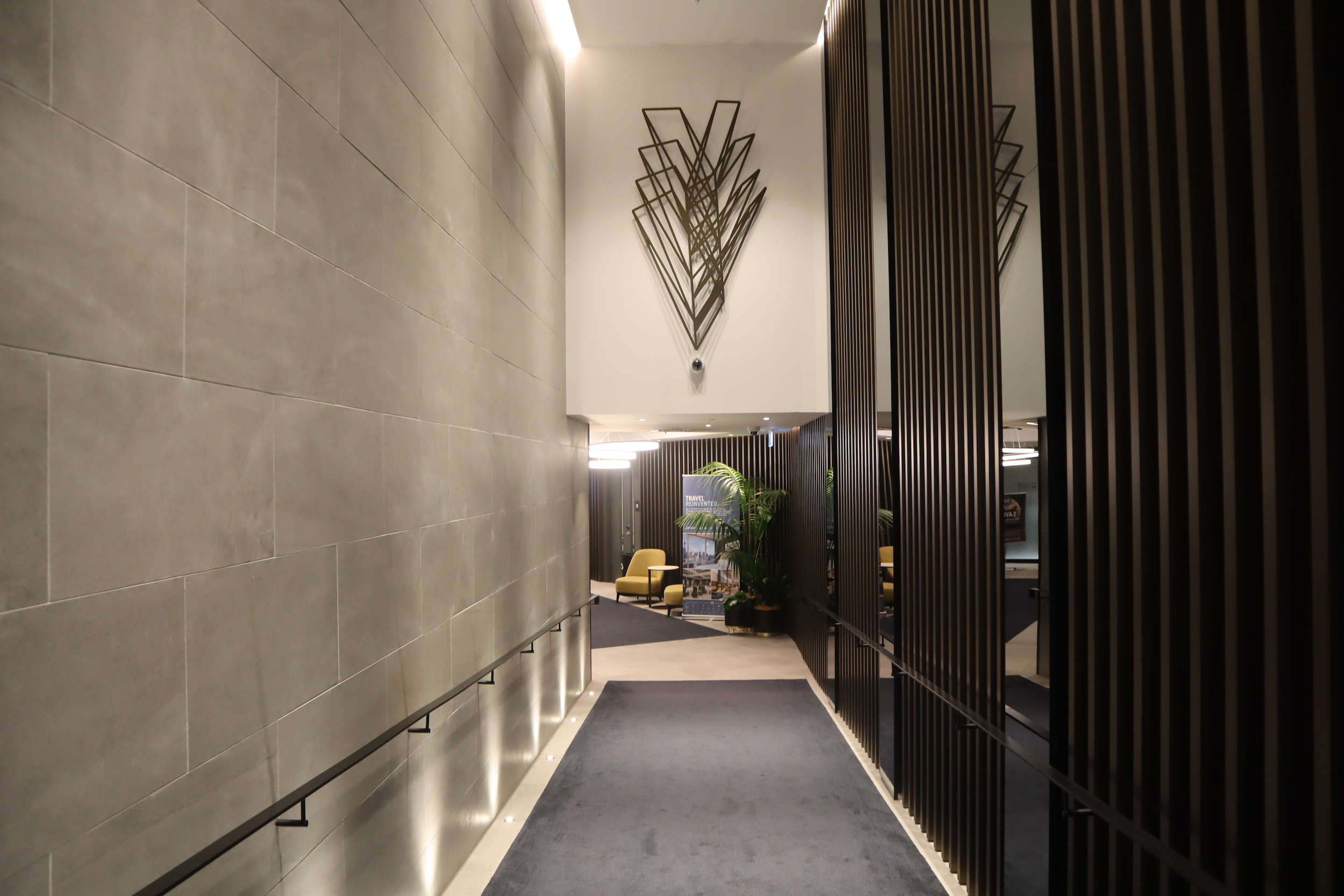 Four Points by Sheraton Auckland – Queen Street entrance
