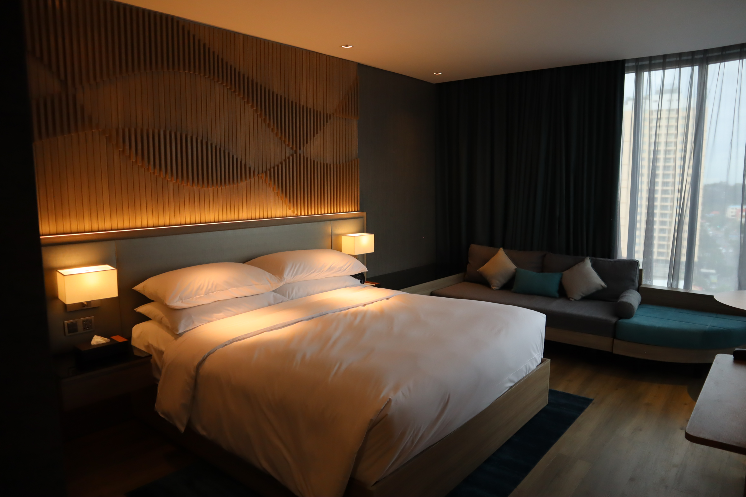 Executive Room, Courtyard by Marriott Phnom Penh