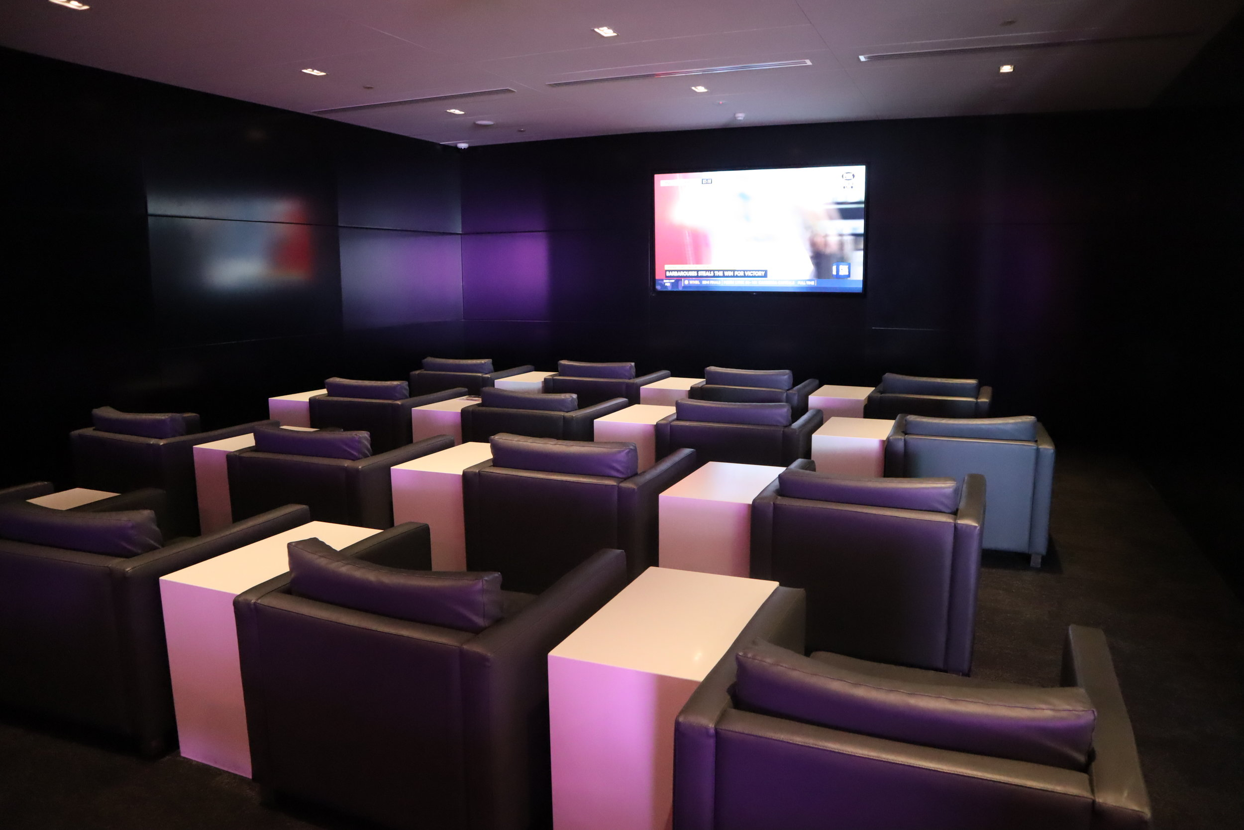 Air New Zealand Lounge Auckland – TV room