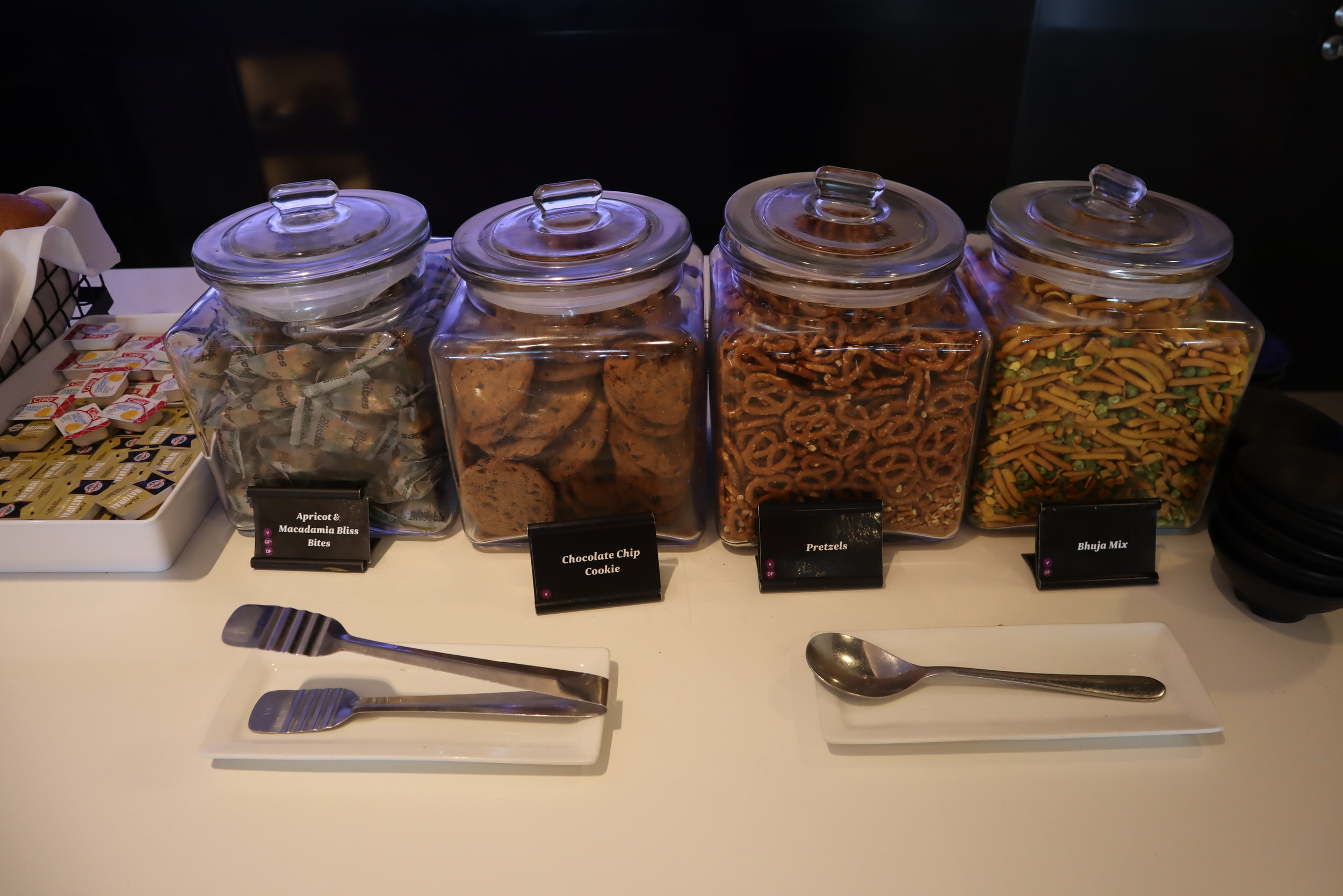 Air New Zealand Lounge Auckland – Snacks