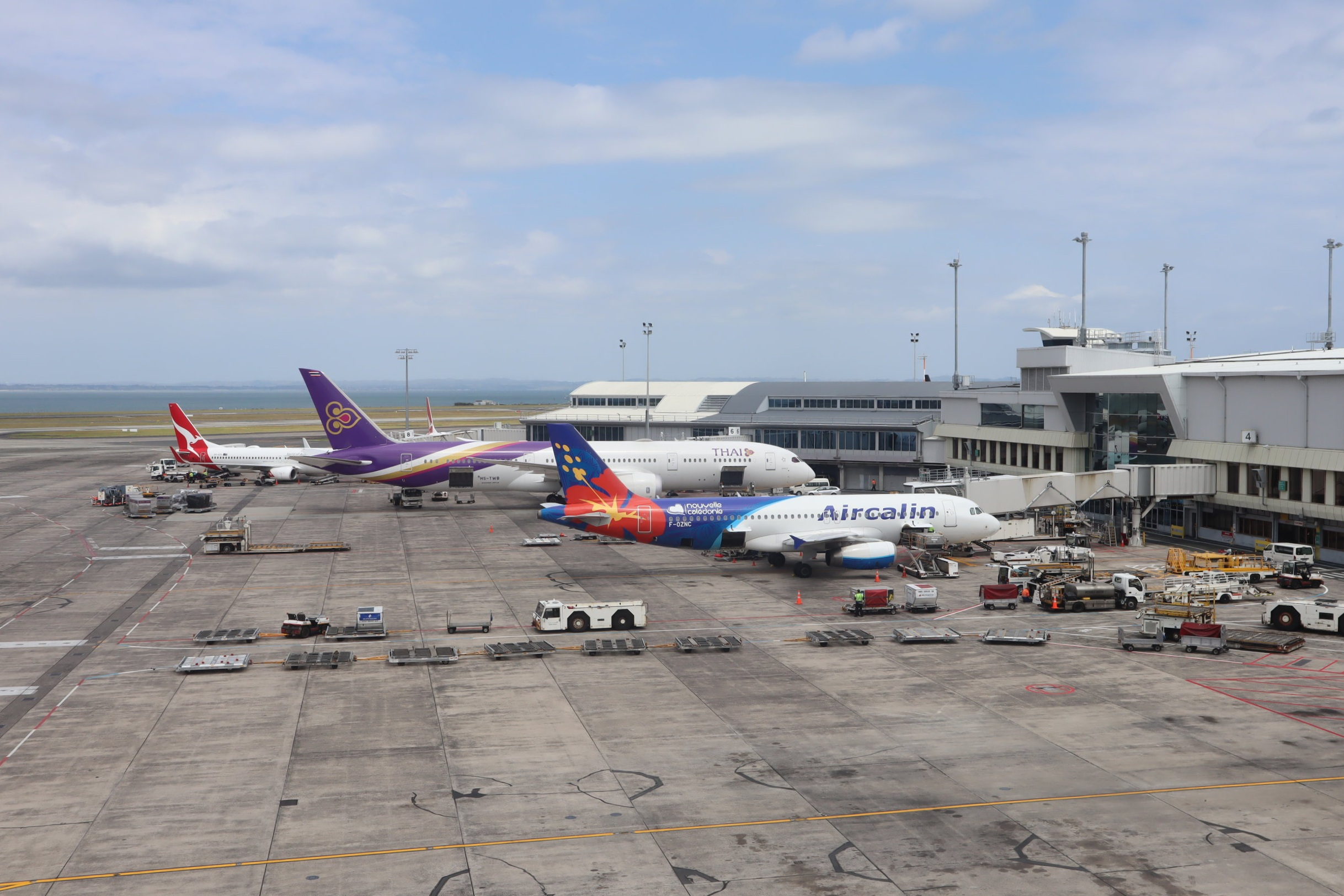 Air New Zealand Lounge Auckland – Tarmac views